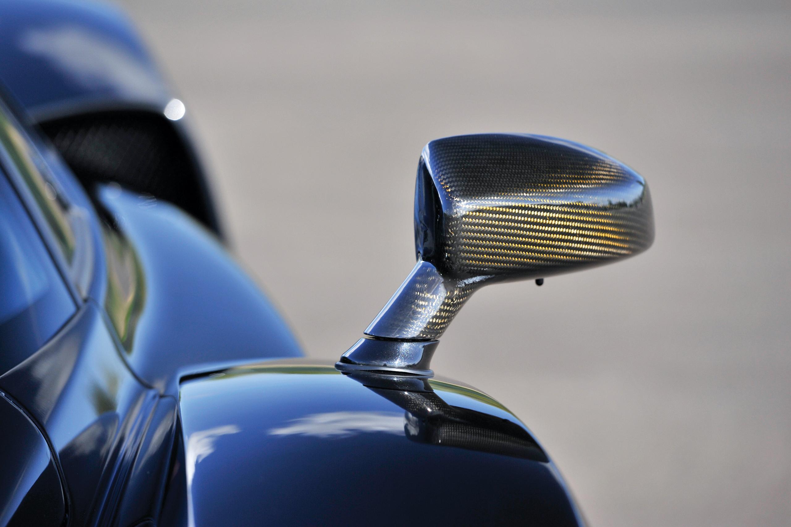 2004 Ferrari Enzo side mirror carbon fiber detail