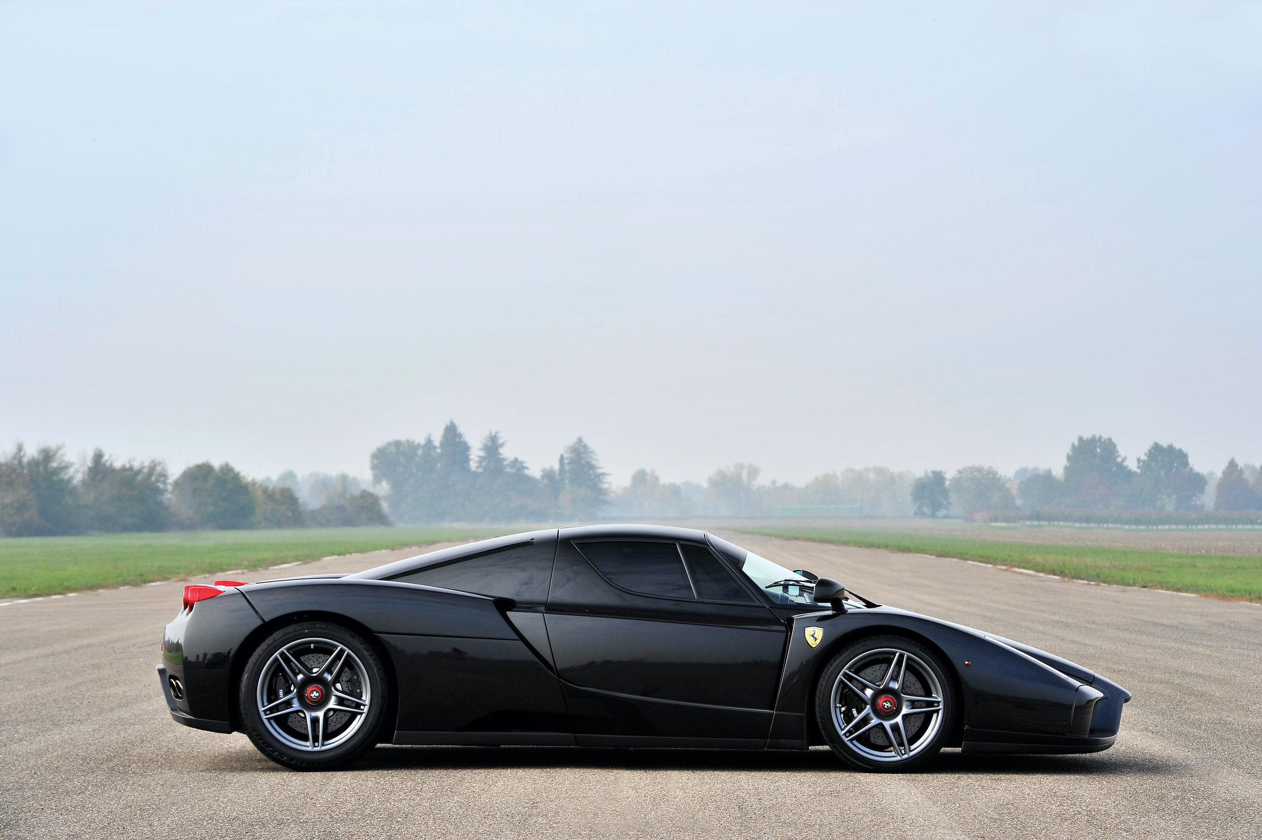 2004 Ferrari Enzo side profile