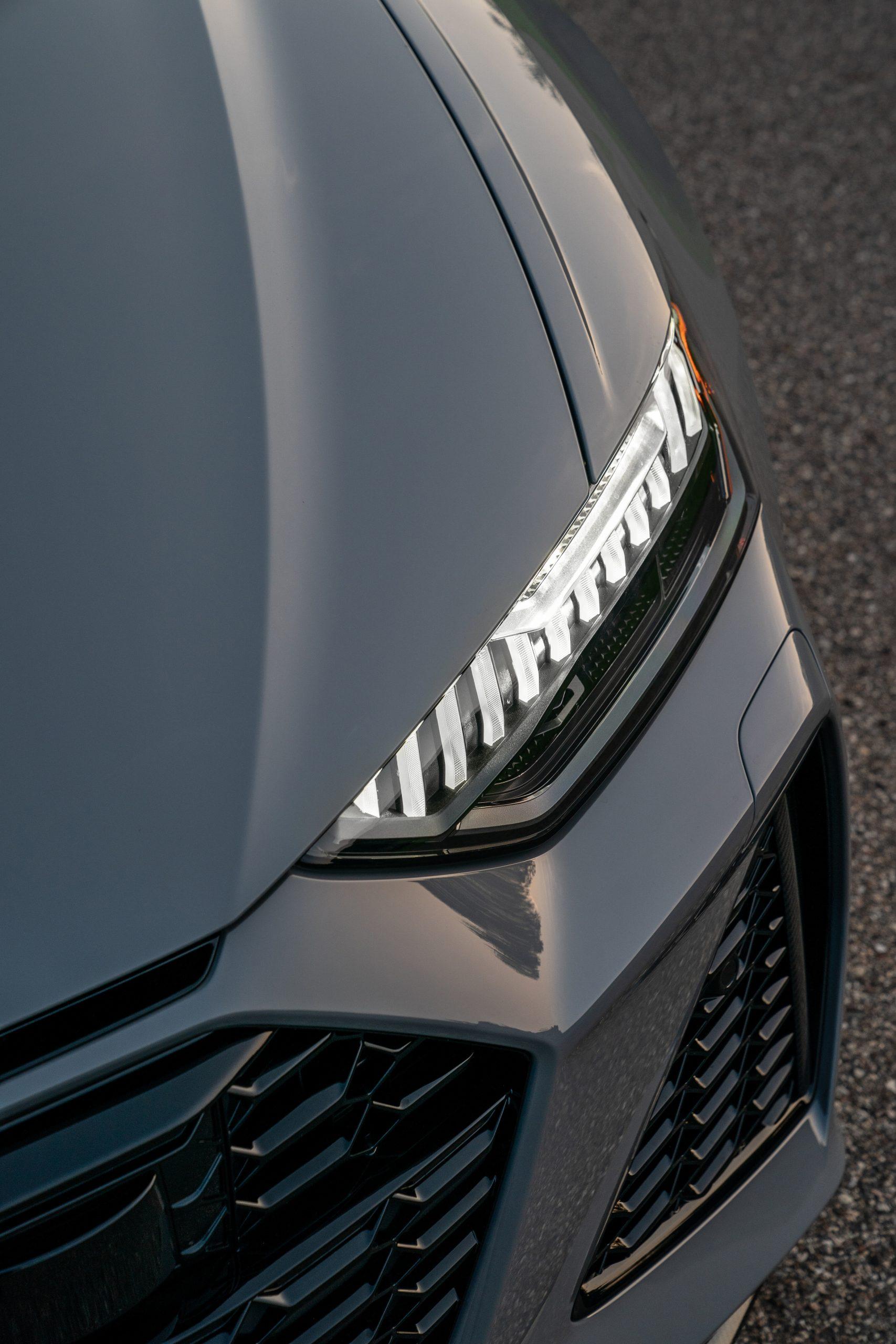 RS 6 Avant Nardo Gray headlight detail