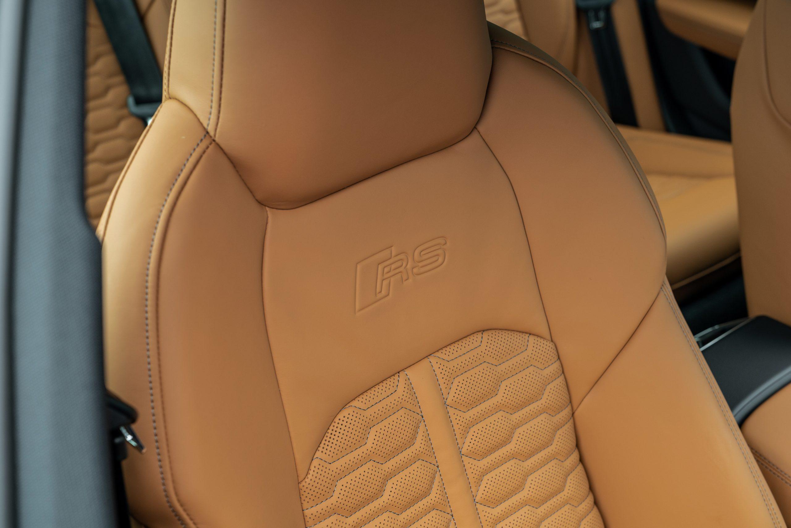 RS 6 Avant Nardo Gray seat headrest detail