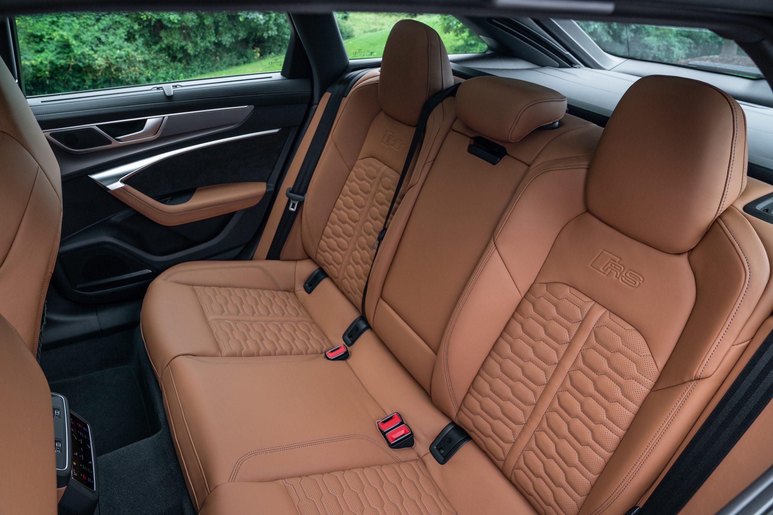 RS 6 Avant Nardo Gray interior rear seats
