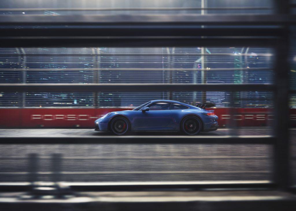 2022 Porsche 911 GT3 side profile