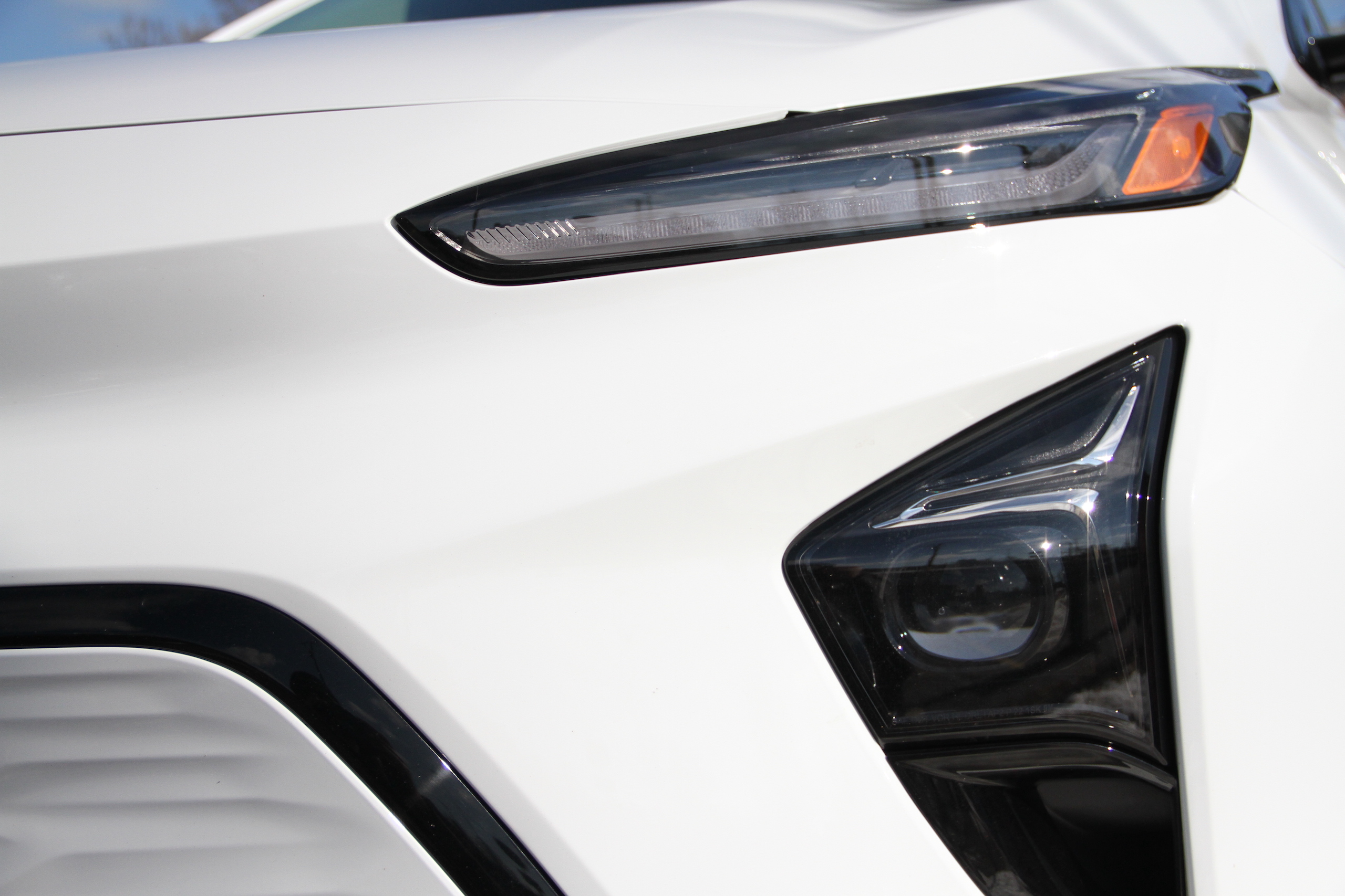 2022 Bolt EUV headlight foglight detail