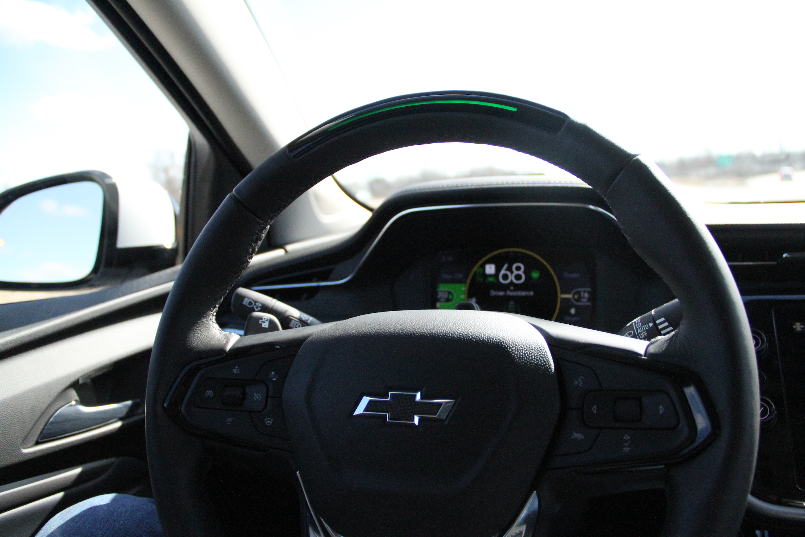 2022 Bolt EUV supercruise wheel action