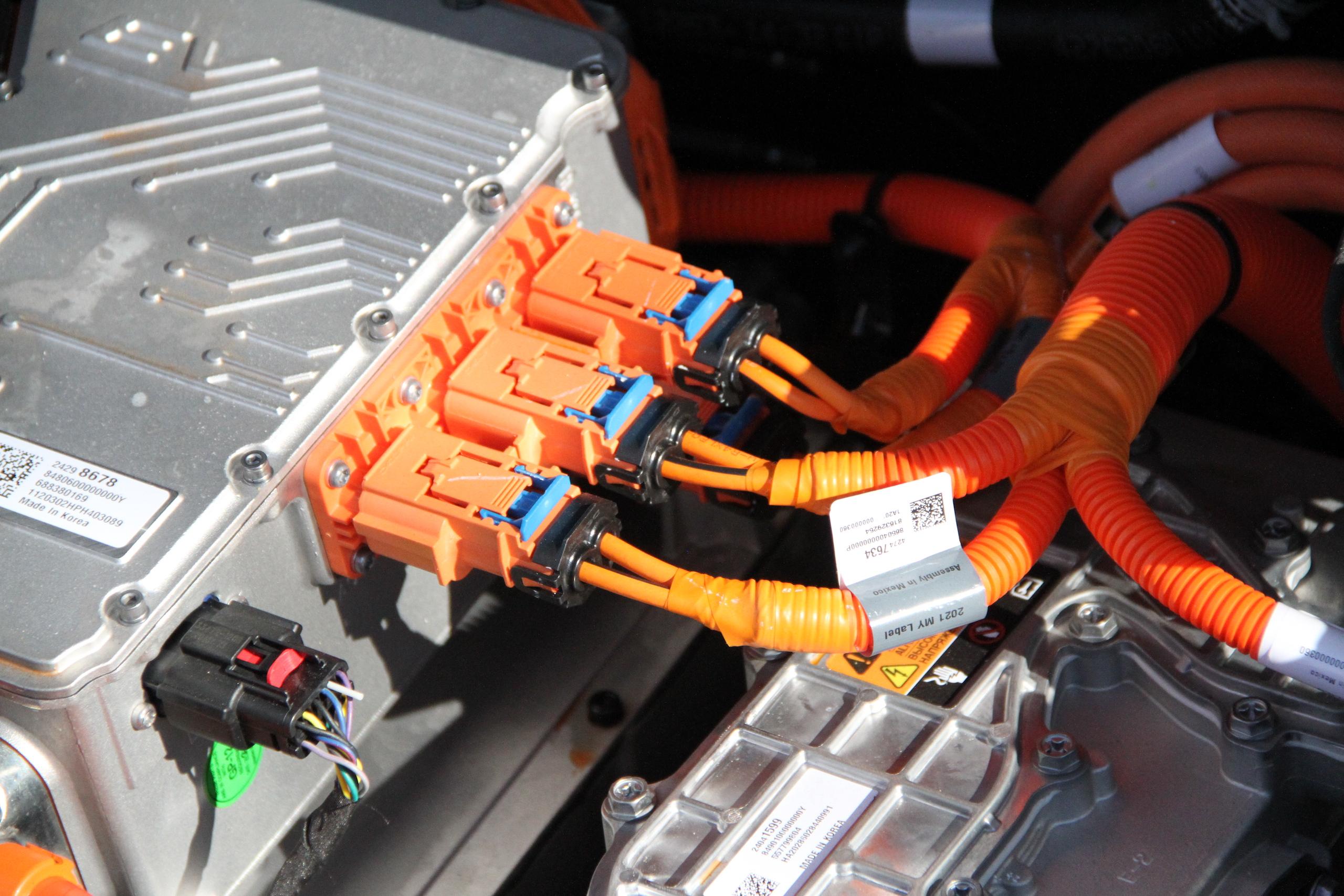 2022 Bolt EUV engine electrical connectors