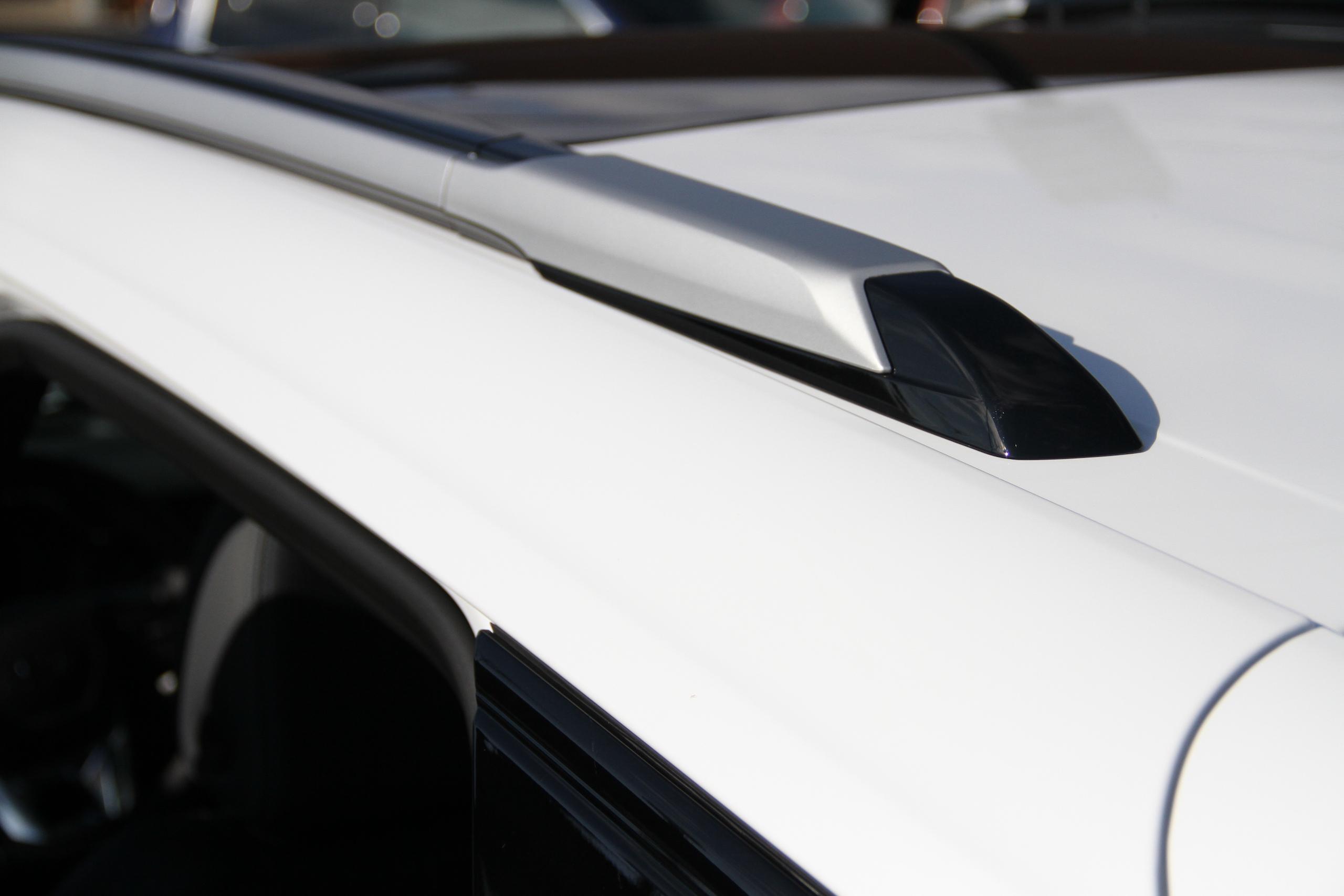 2022 Bolt EUV roof rail detail