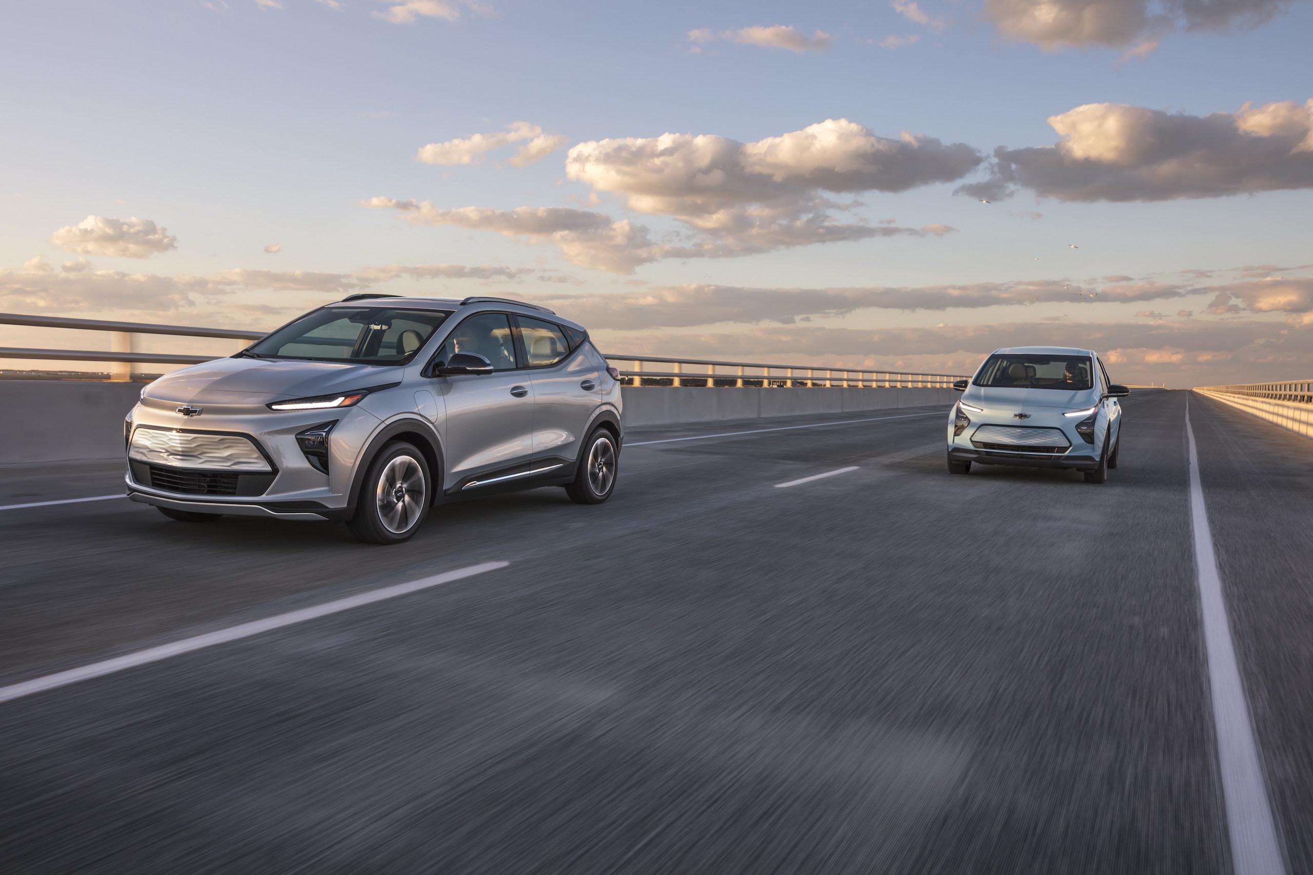2022 Chevrolet Bolt EUV and Bolt EV