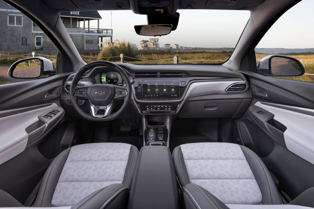 2022 Chevrolet Bolt EUV interior front full