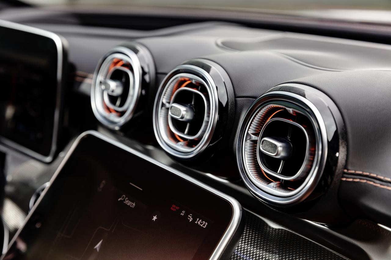 2021 Mercedes-Benz C-Class interior 3