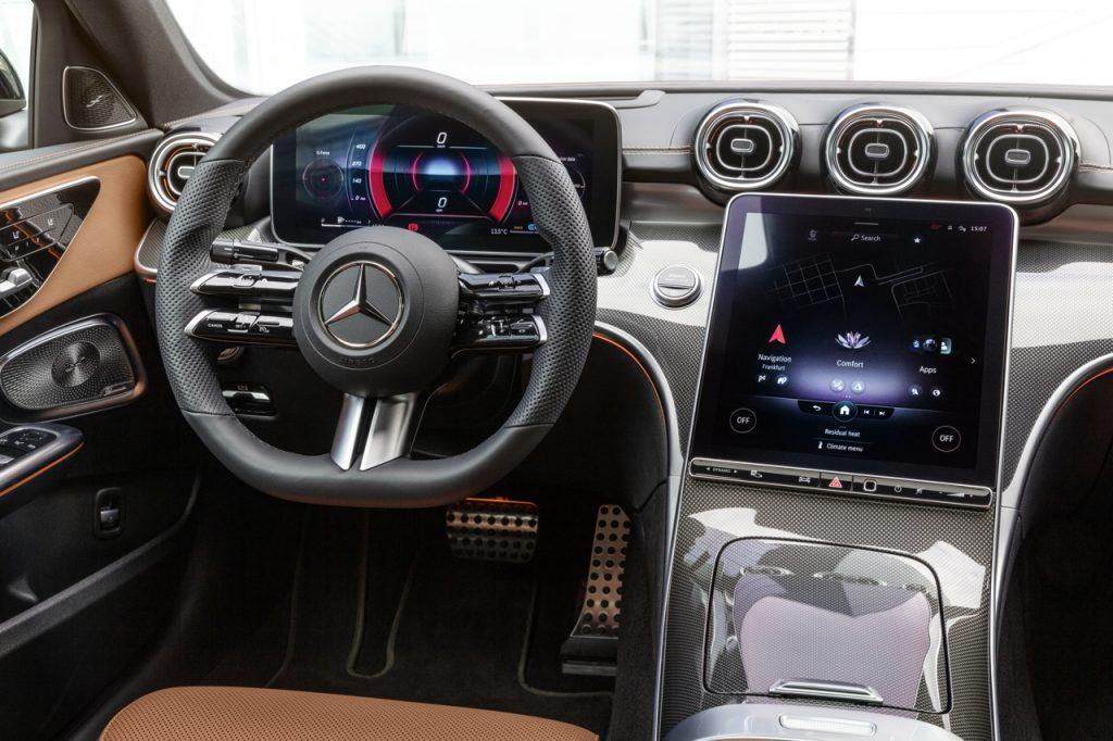 Mercedes-Benz C-Class 2021 interior screen