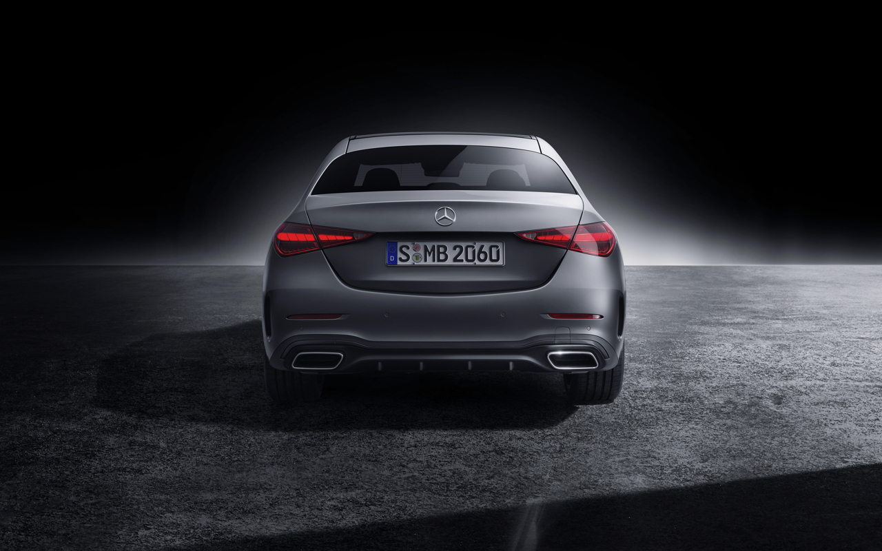 2021 Mercedes-Benz C-Class studio 2