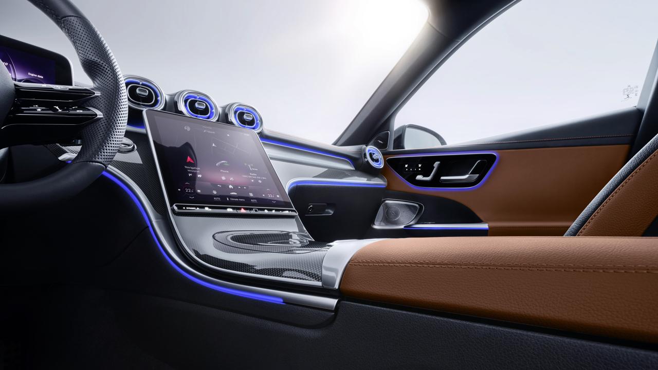 2021 Mercedes-Benz C-Class studio 111