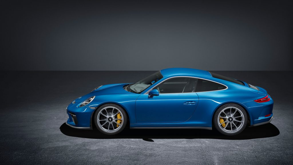 991.2 911 GT3 Touring side profile
