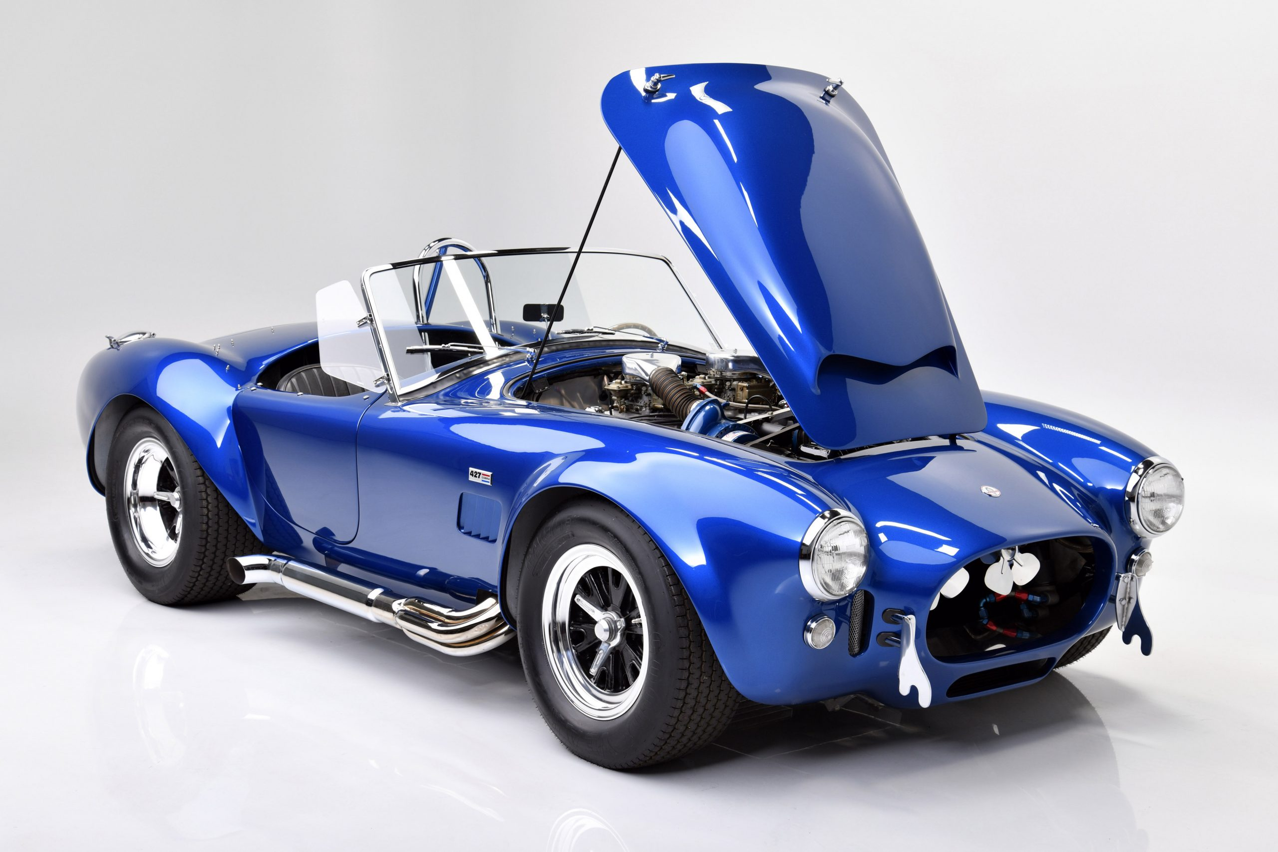 CSX 3015 Shelby Cobra front three-quarter