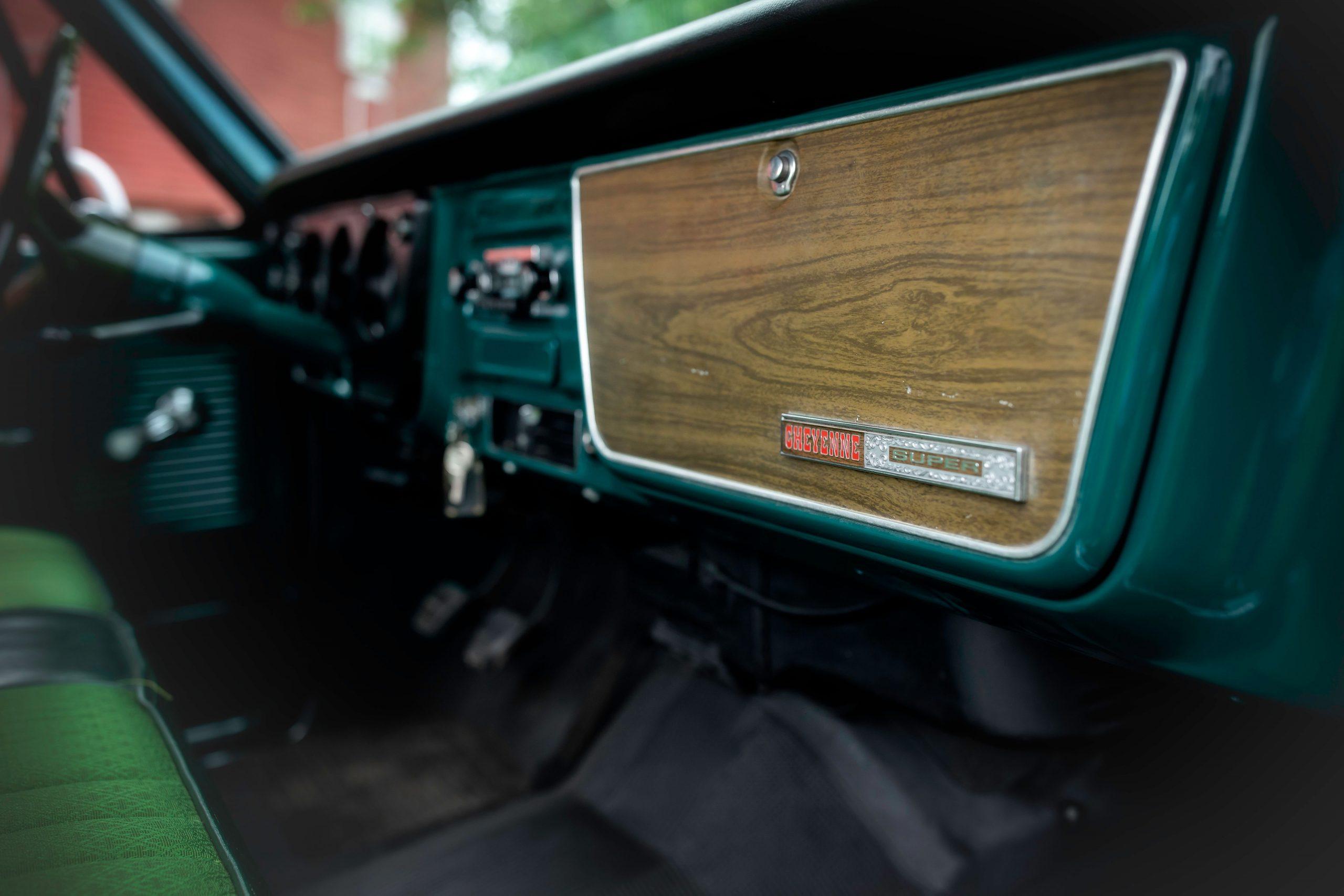 Elvis Presley Owned 1967 GMC Pickup interior dash