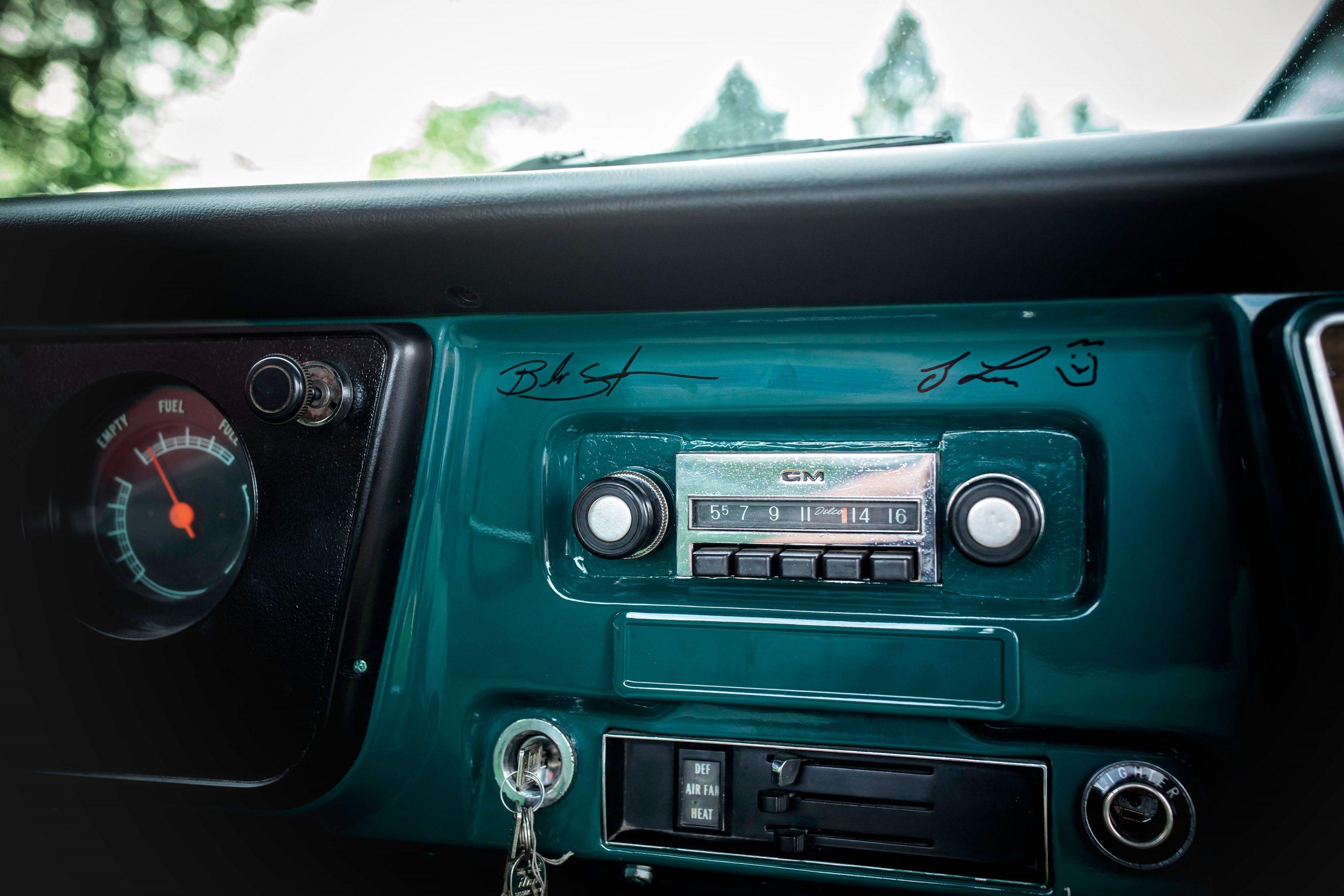 Elvis Presley Owned 1967 GMC Pickup interior dash radio signed