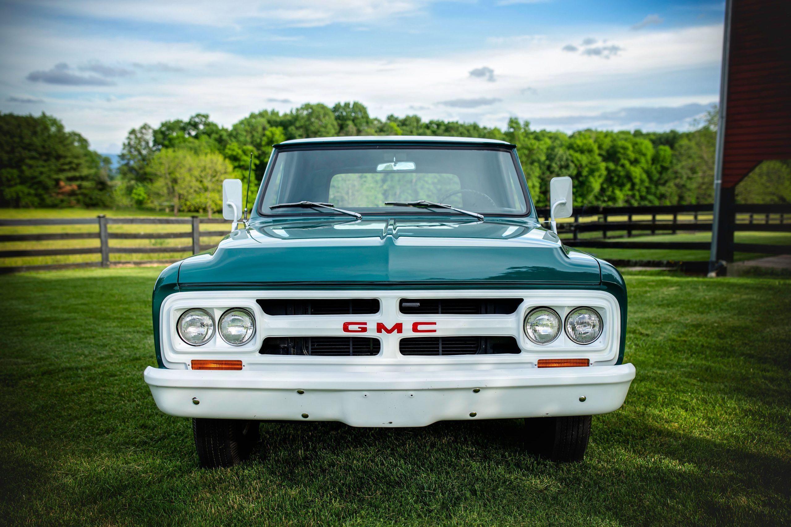 Elvis Presley Owned 1967 GMC Pickup front
