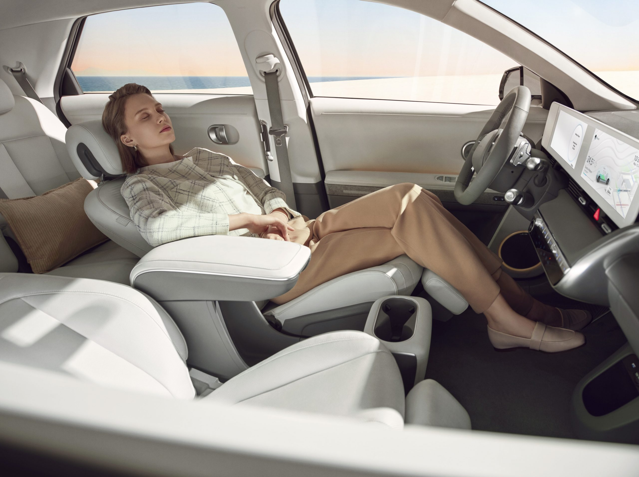 Hyundai IONIQ 5 relaxing interior