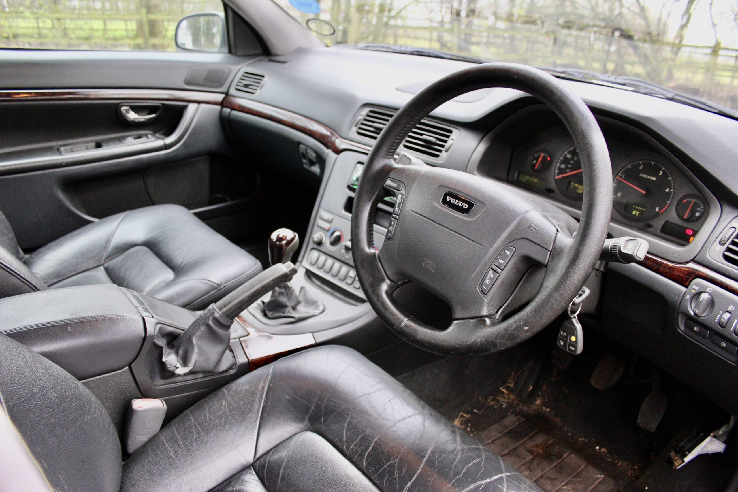 Bargain Cars Volvo S80 interior