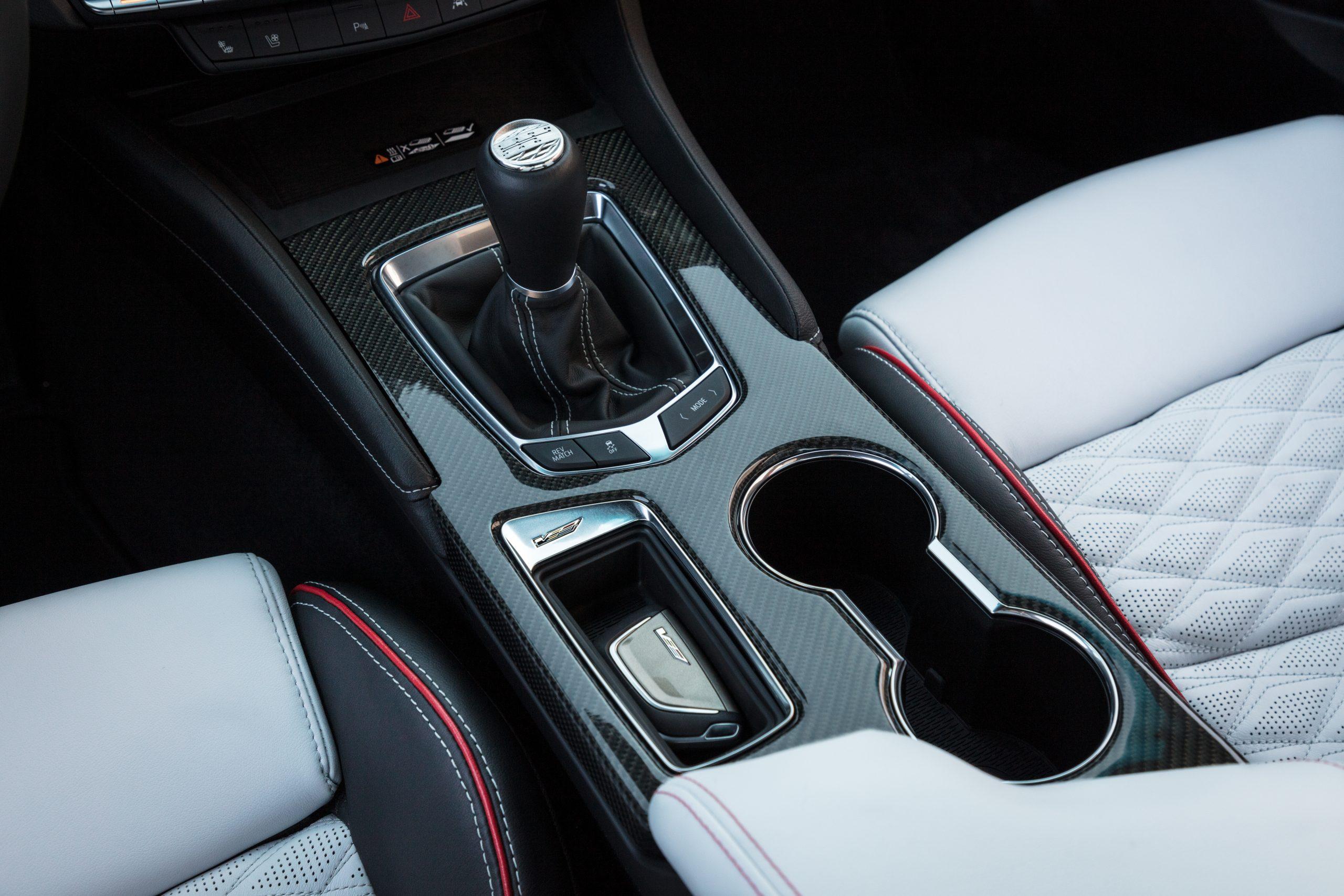 2022 Cadillac CT4-V Blackwing manual shifter