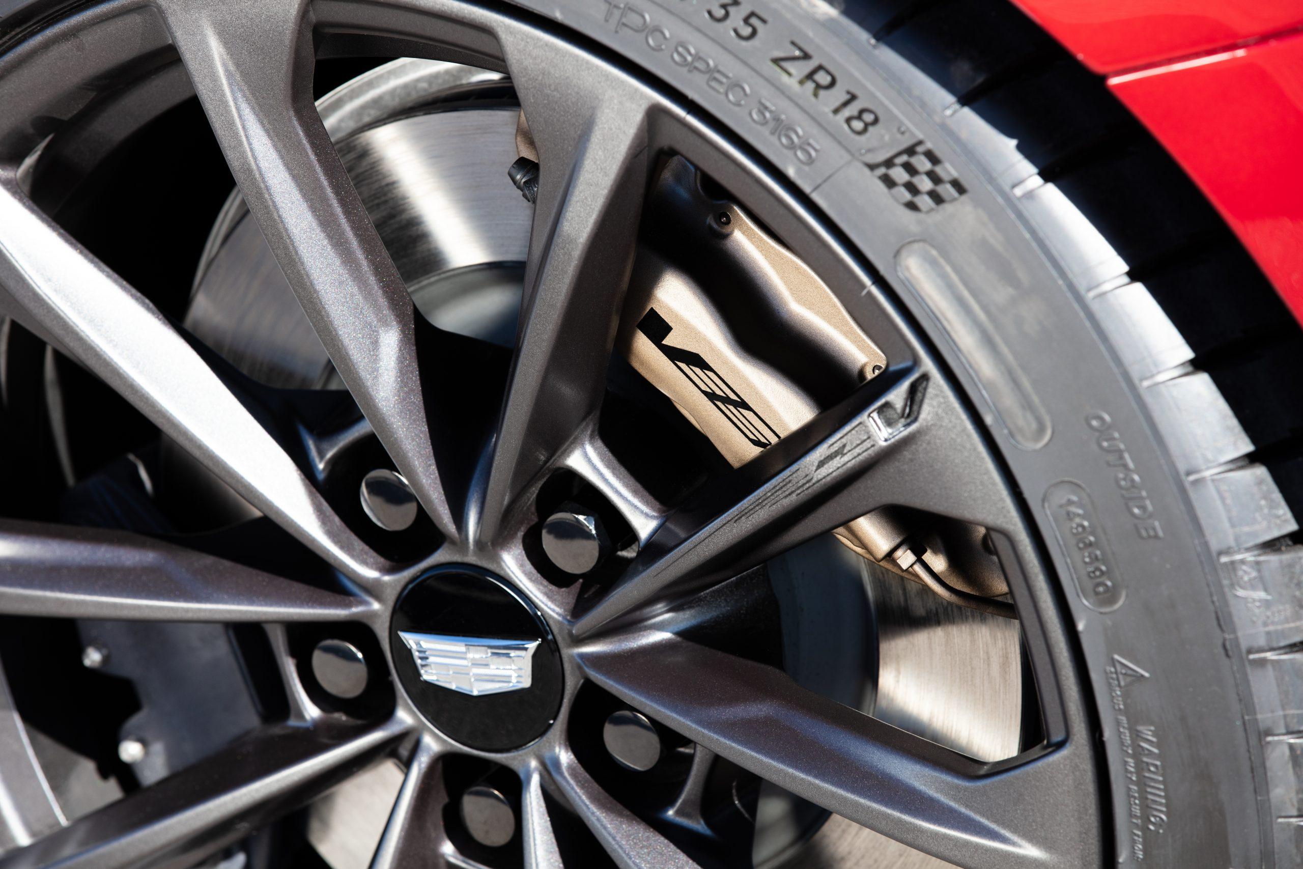 2022 Cadillac CT4-V Blackwing wheels