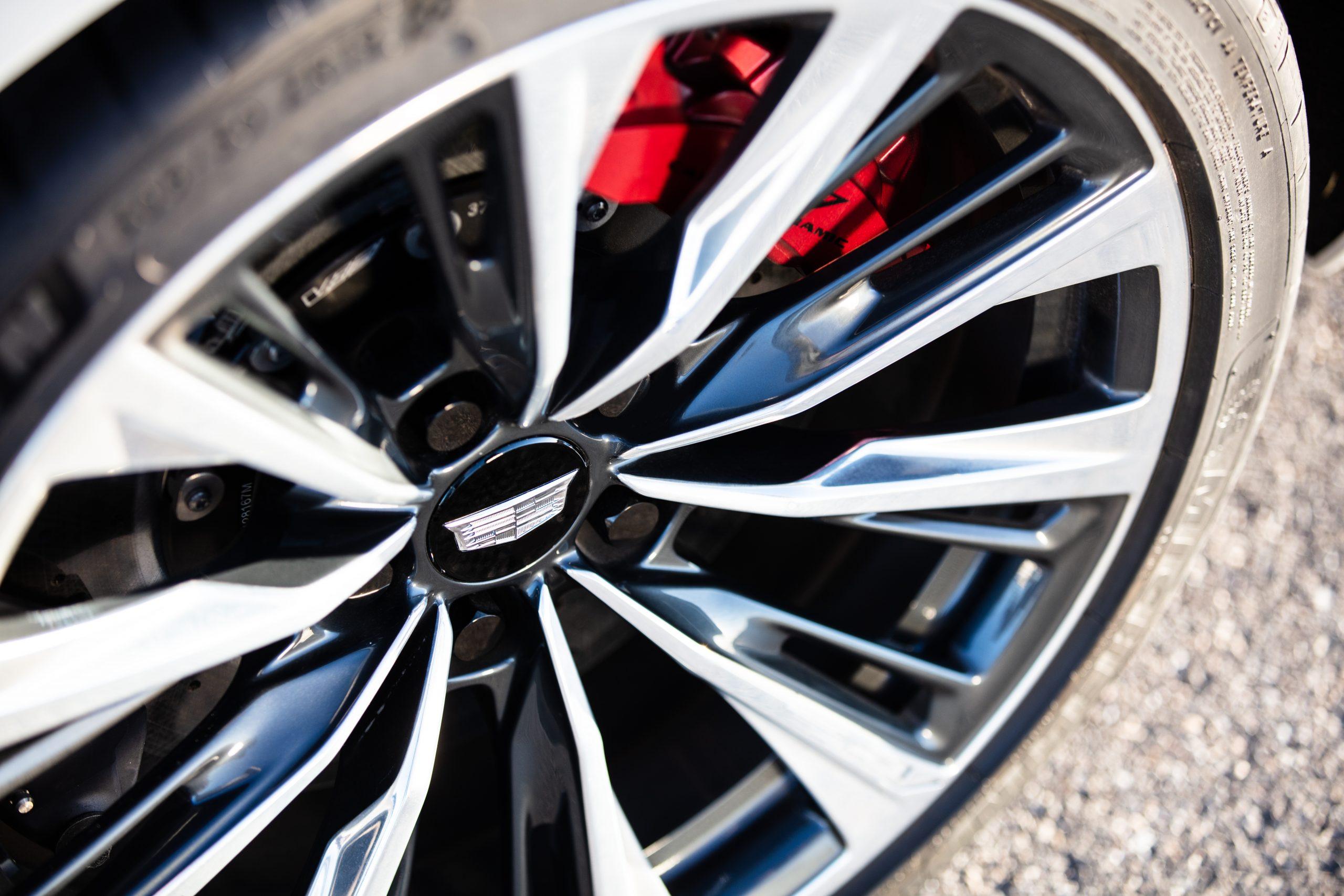 2022 Cadillac CT5-V Blackwing wheel