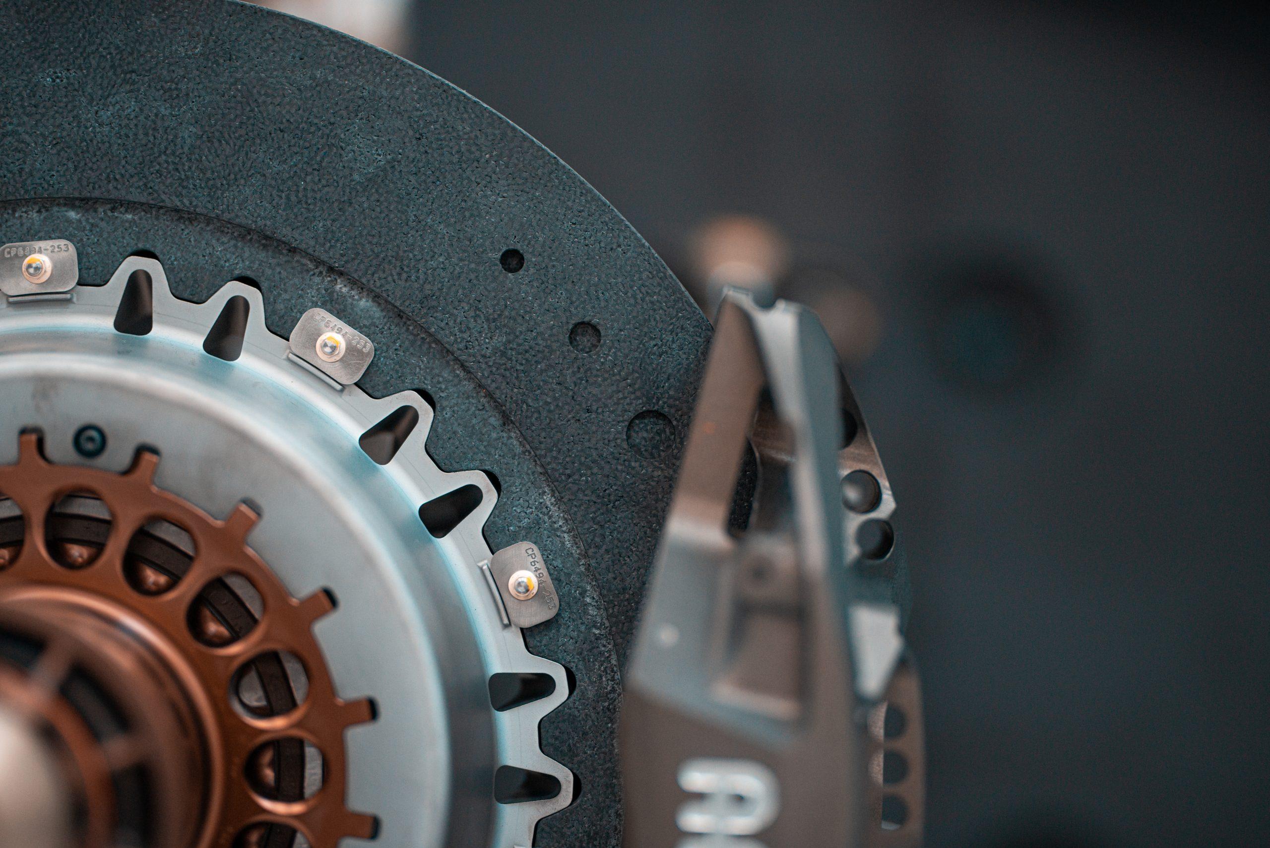 SCG Scuderia Cameron Glickenhaus 007 Hypercar LMH brake rotor detail