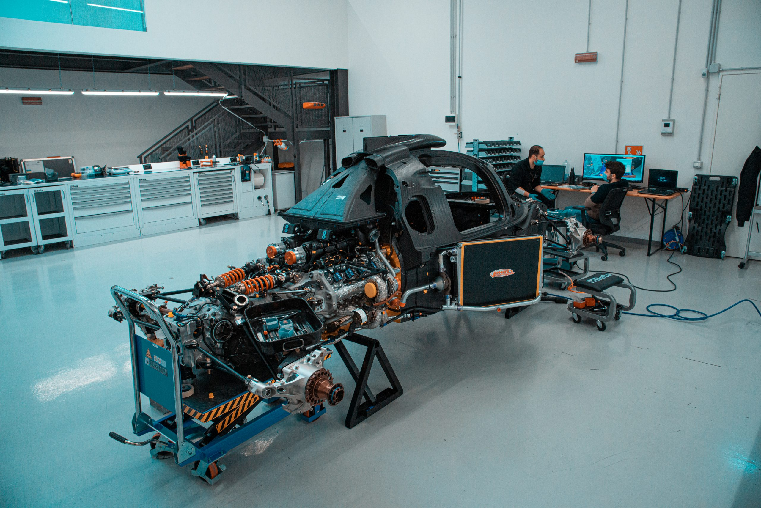 Glickenhaus 007 Hypercar LMH building race shop