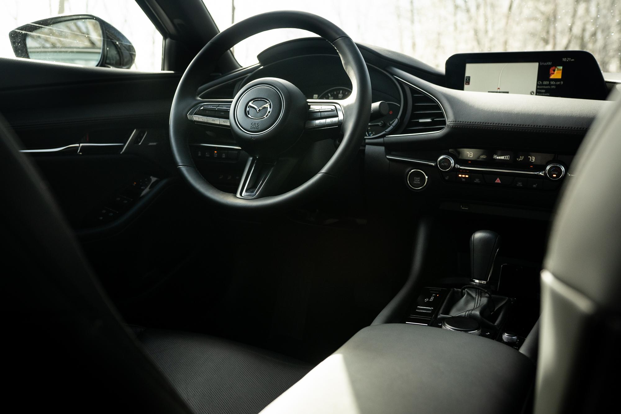 2021 Mazda 3 2.5T AWD interior front steering wheel