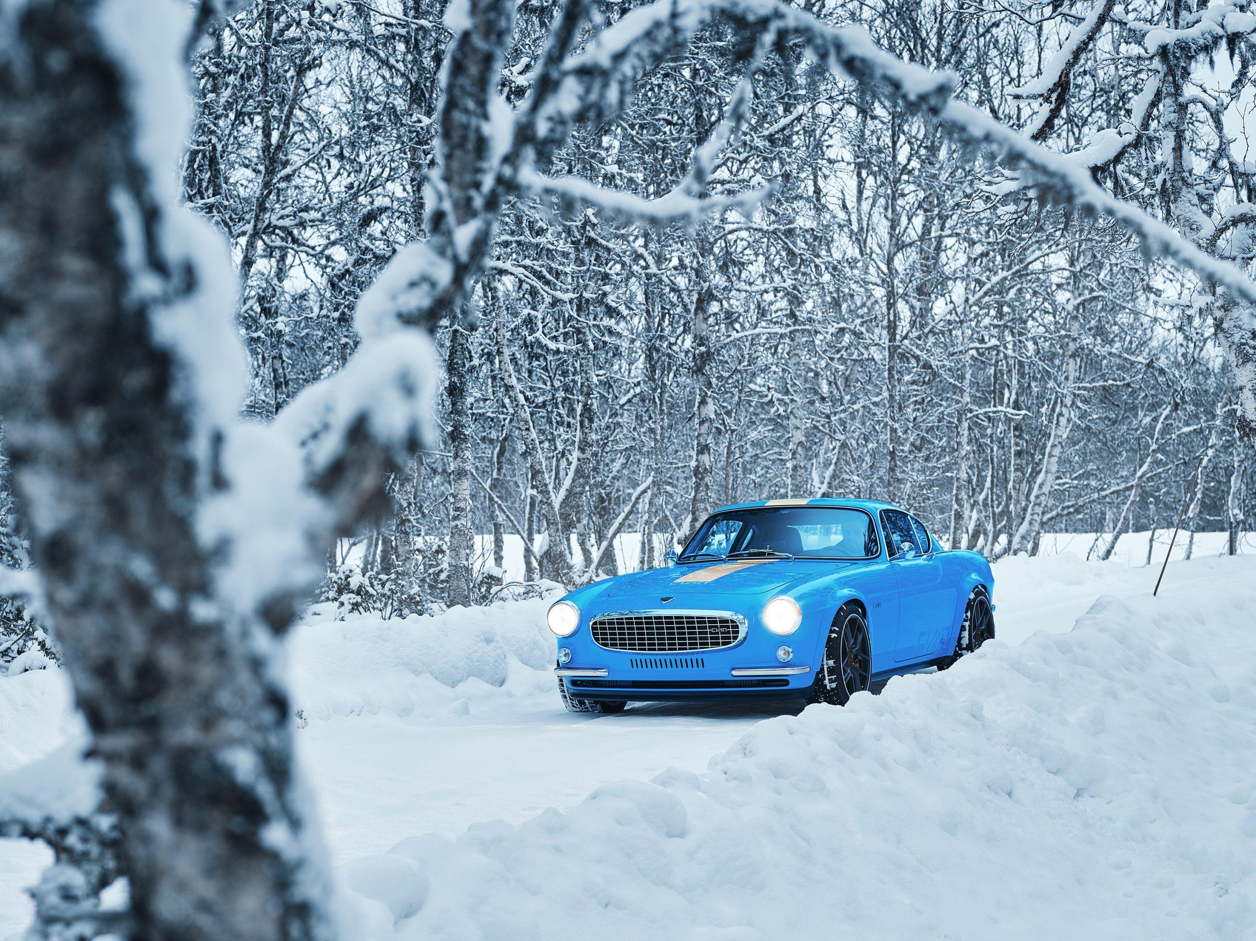 Cyan Racing P1800 in the snow 3