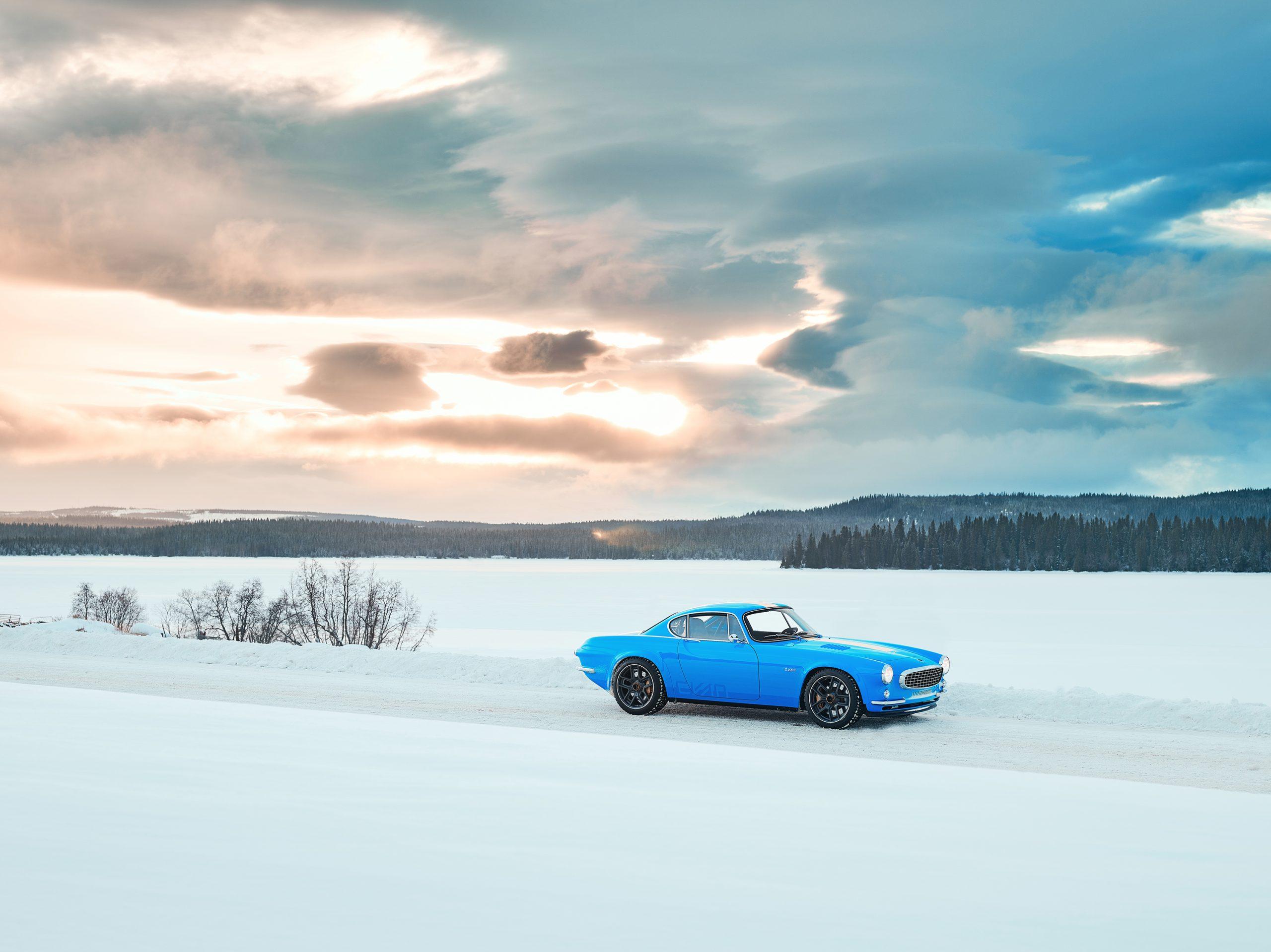 Cyan Racing P1800 in the snow