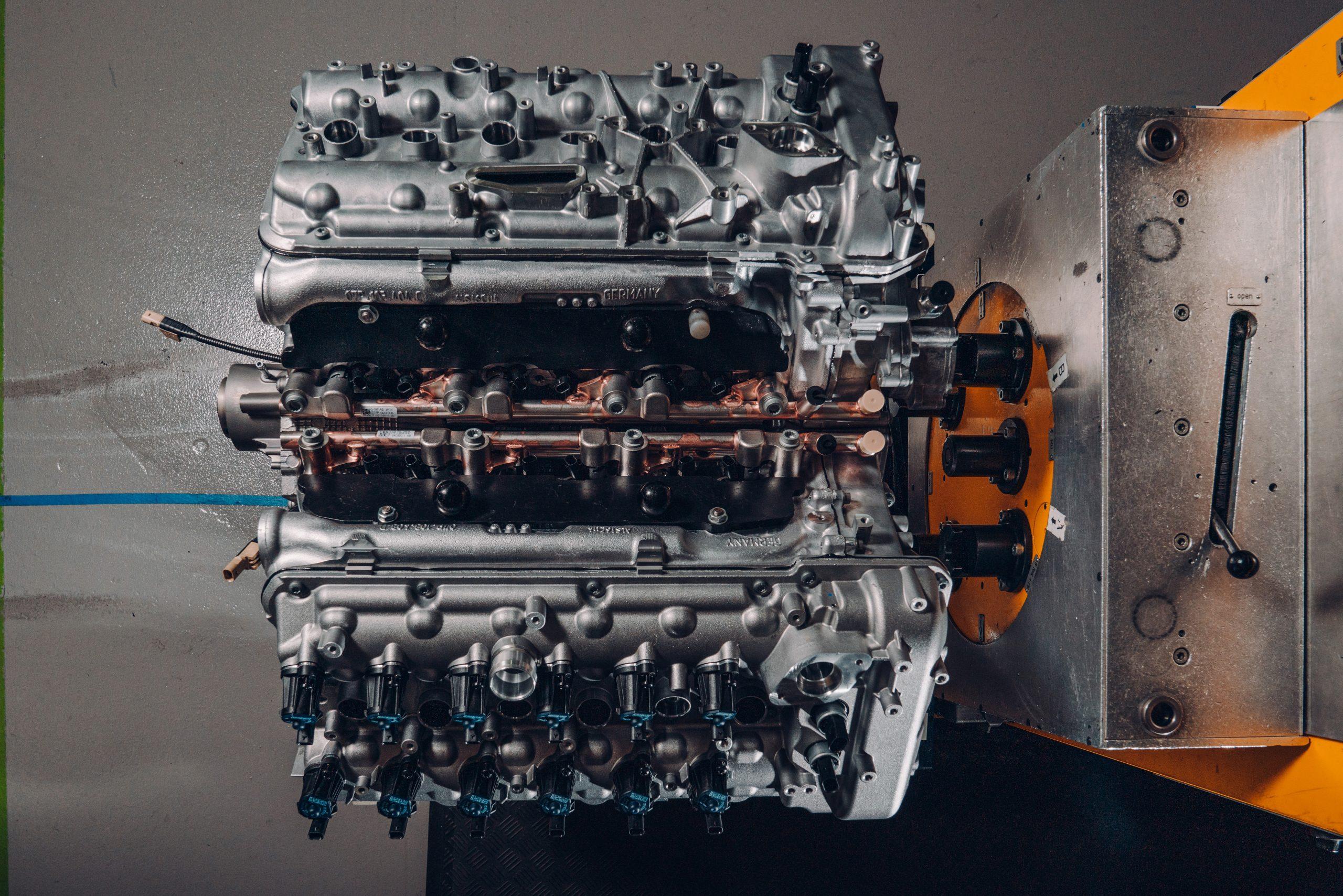 Bentley W12Engine-2