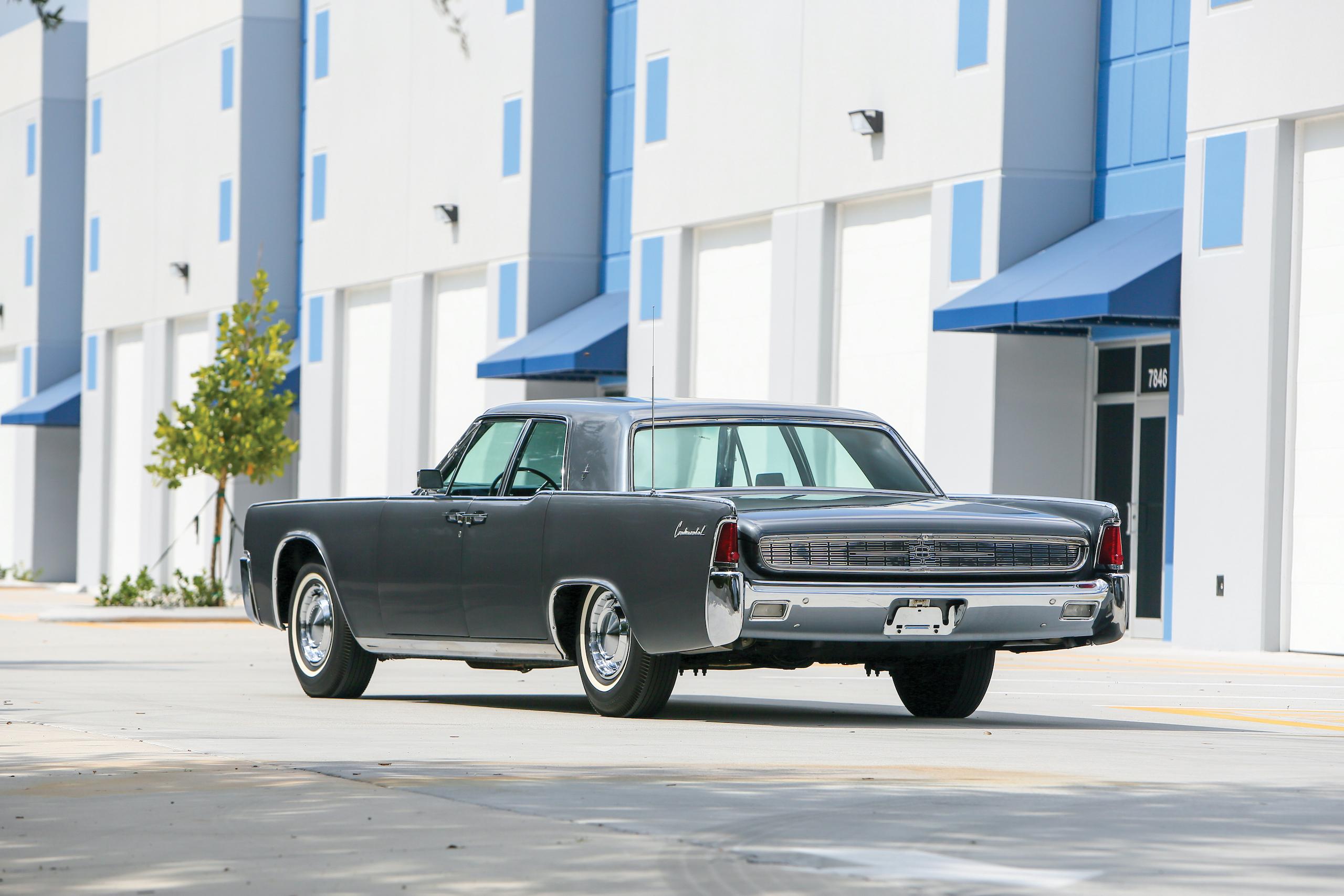 1962 Lincoln Continental rear three-quarter