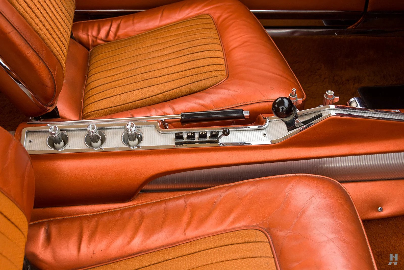 1963 Chrysler Turbine Car center console