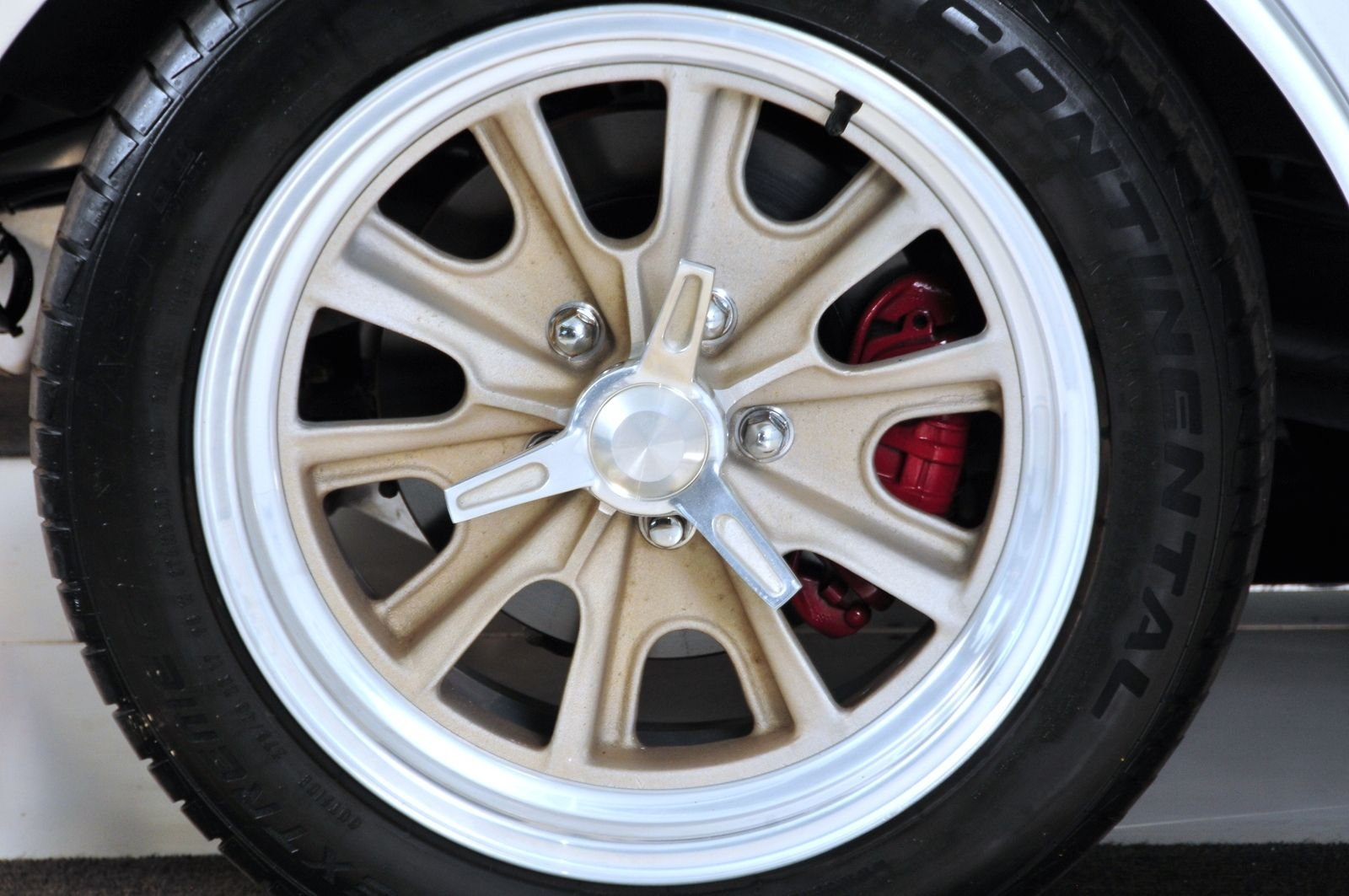 1963 Chevrolet Corvette Mongoose Motorsports Grand Sport Fast Five wheel