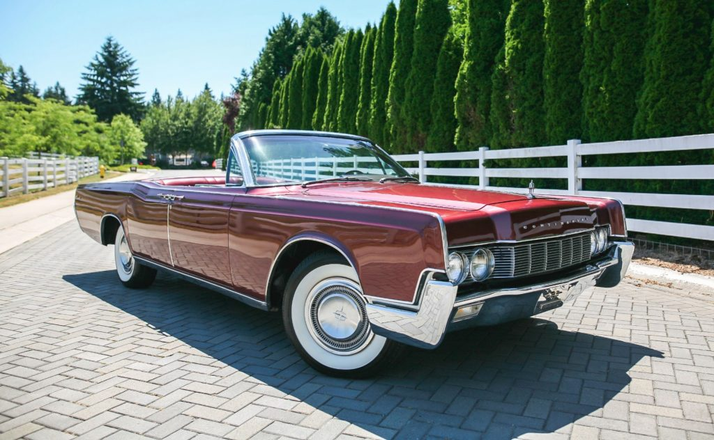 1967 Lincoln Continental front three-quarter