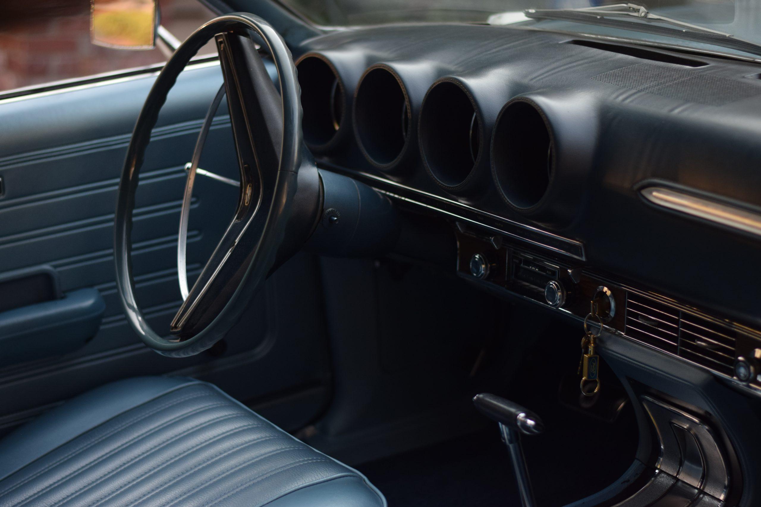 1969 Ford Torino interior