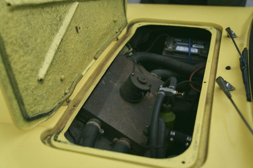 1971 Reliant Regal 330 front hatch open