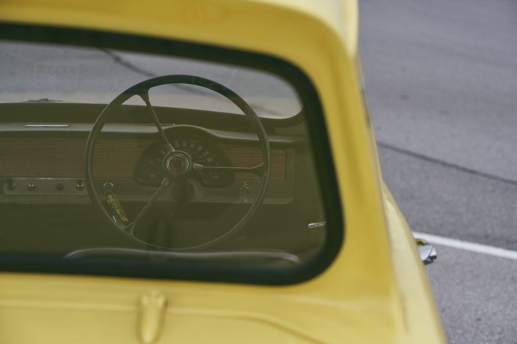 1971 Reliant Regal 330 steering wheel