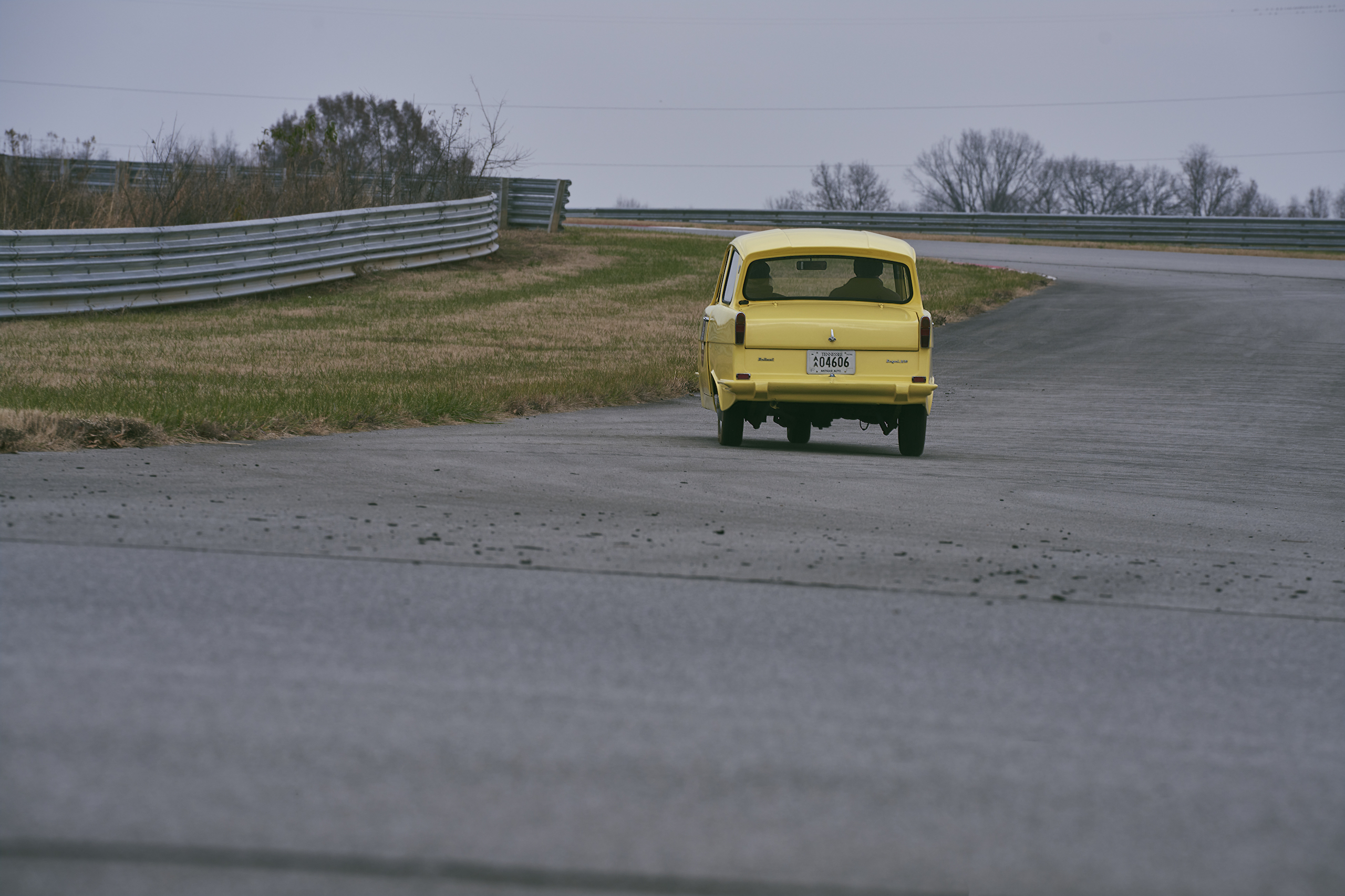 1971 Reliant Regal 330 rear driving action