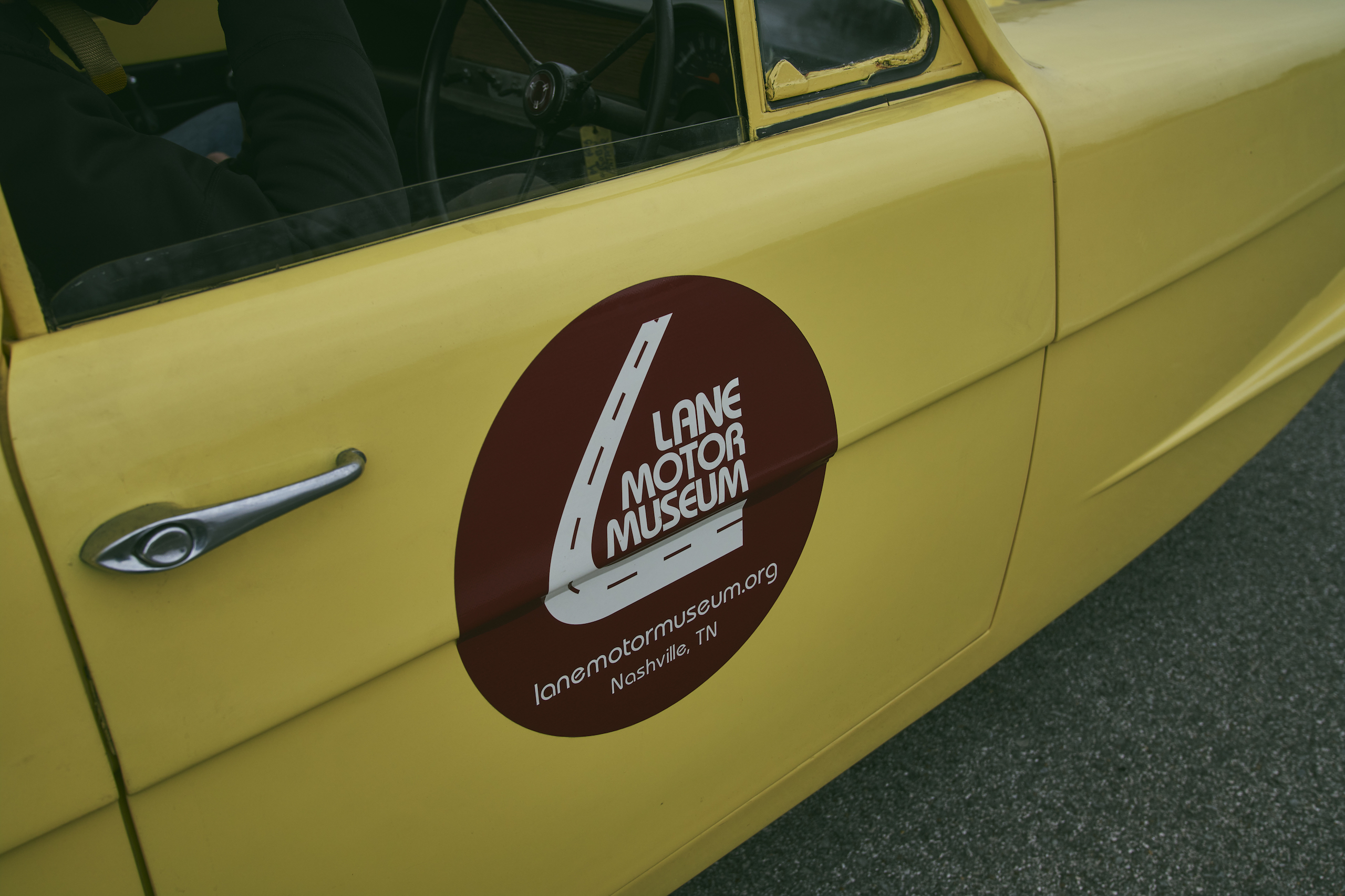 1971 Reliant Regal 330 door panel decal lane motor museum