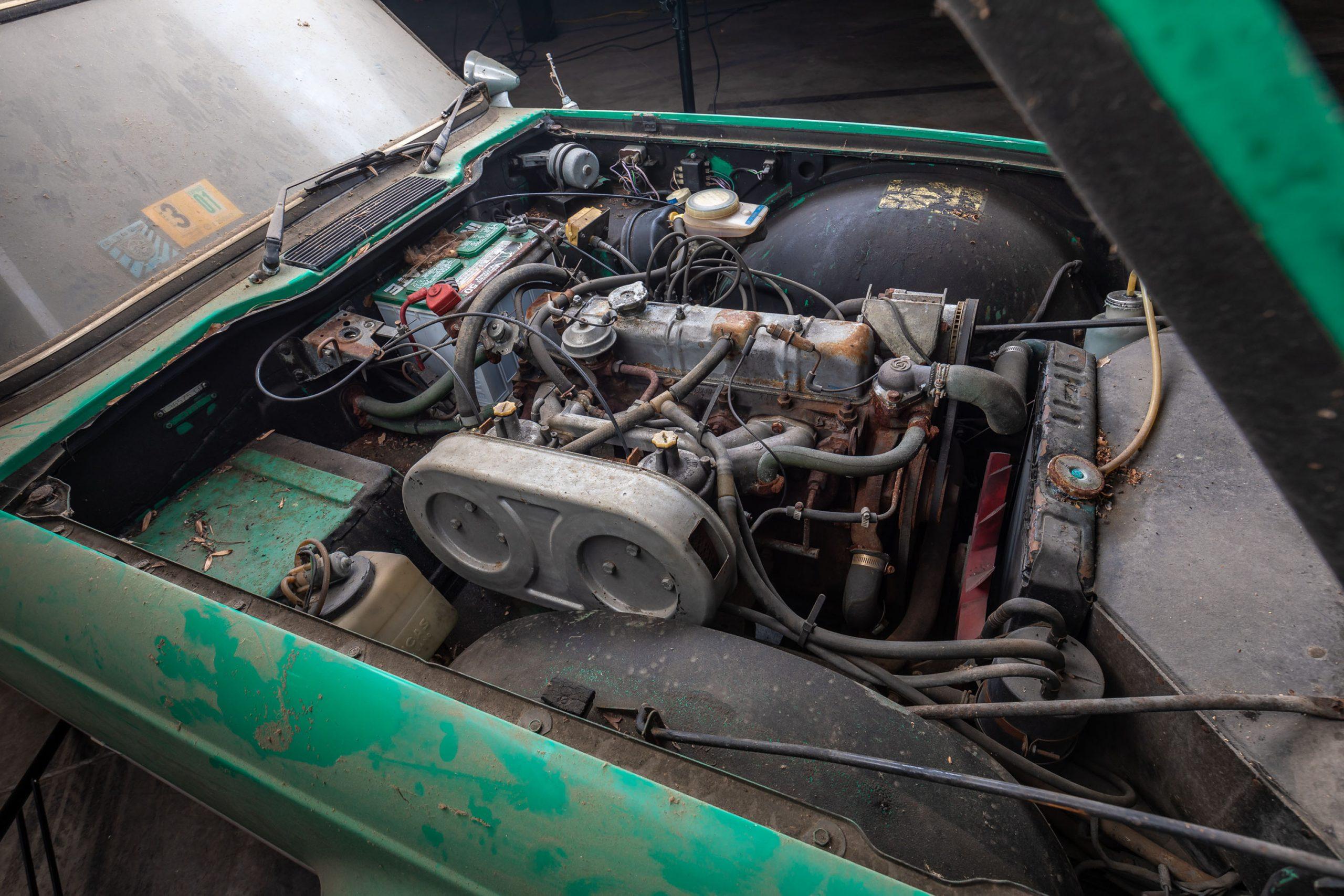 1976 Triumph TR6 Barn Find engine bay