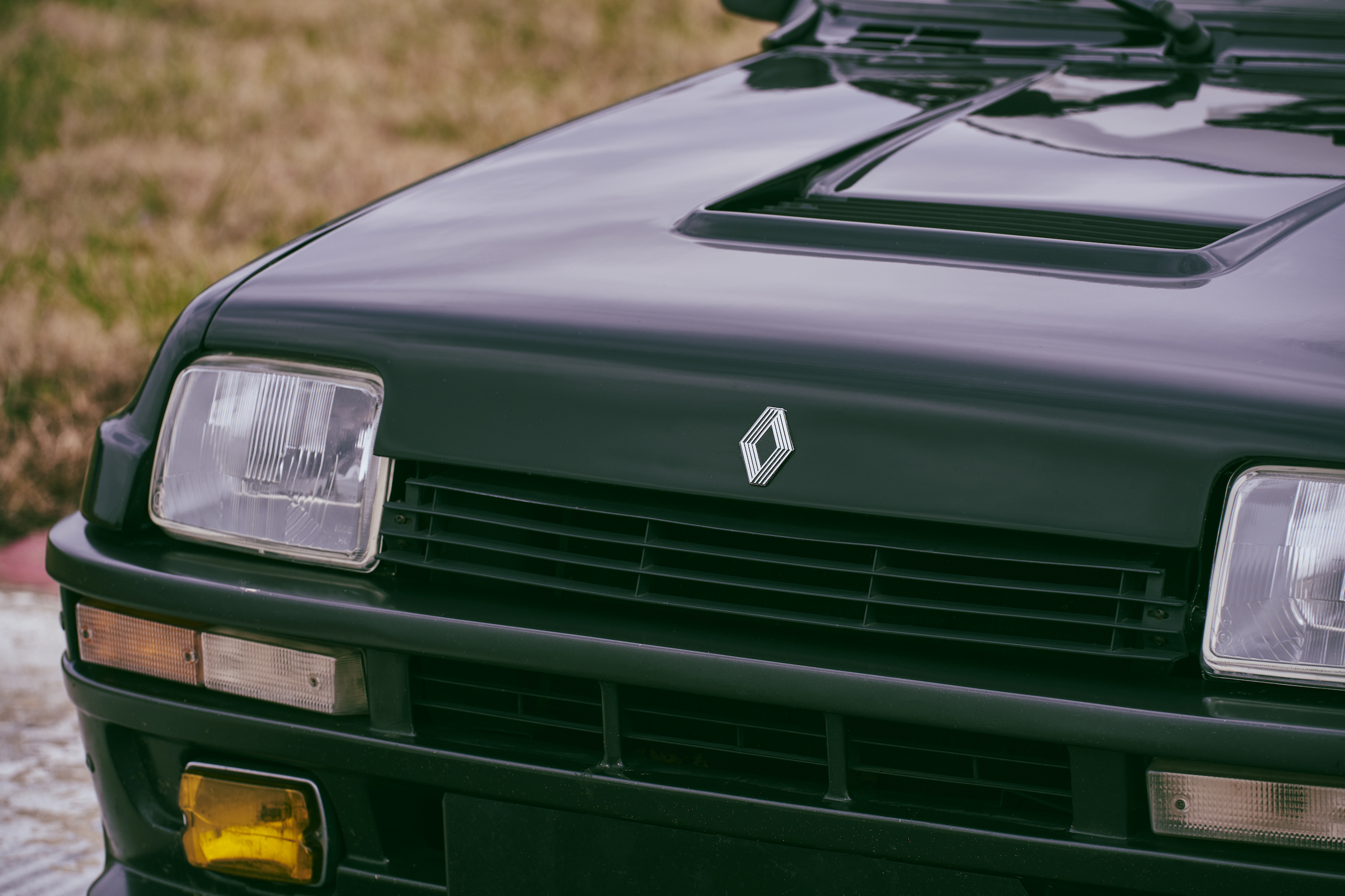 1985 Renault R5 Turbo 2 front detail