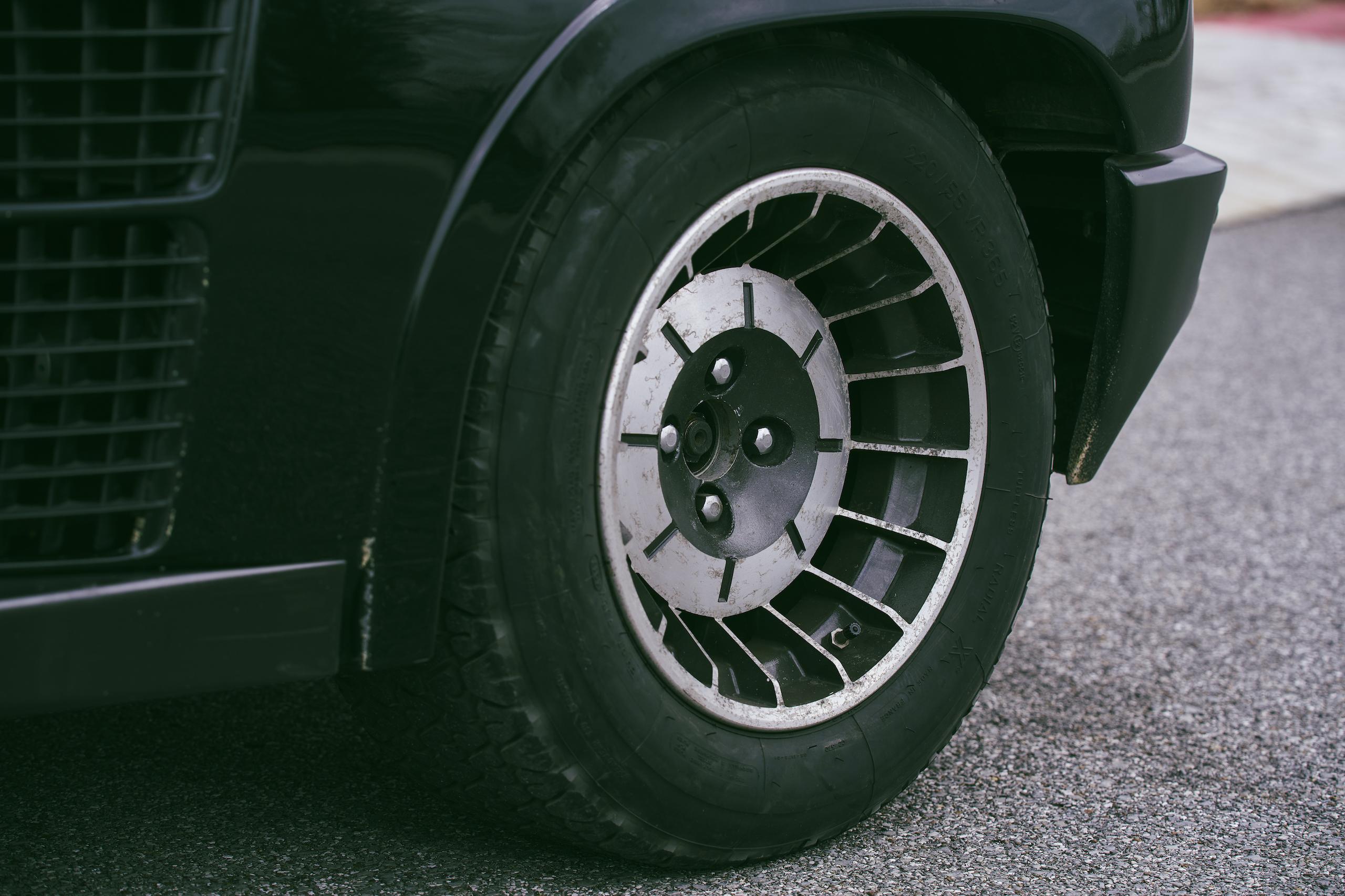 1985 Renault R5 Turbo 2 rear wheel detail