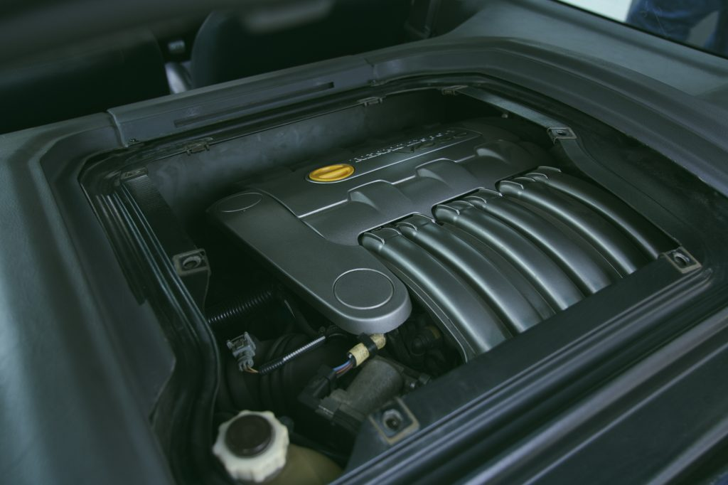 2002 Renault Clio V6 engine