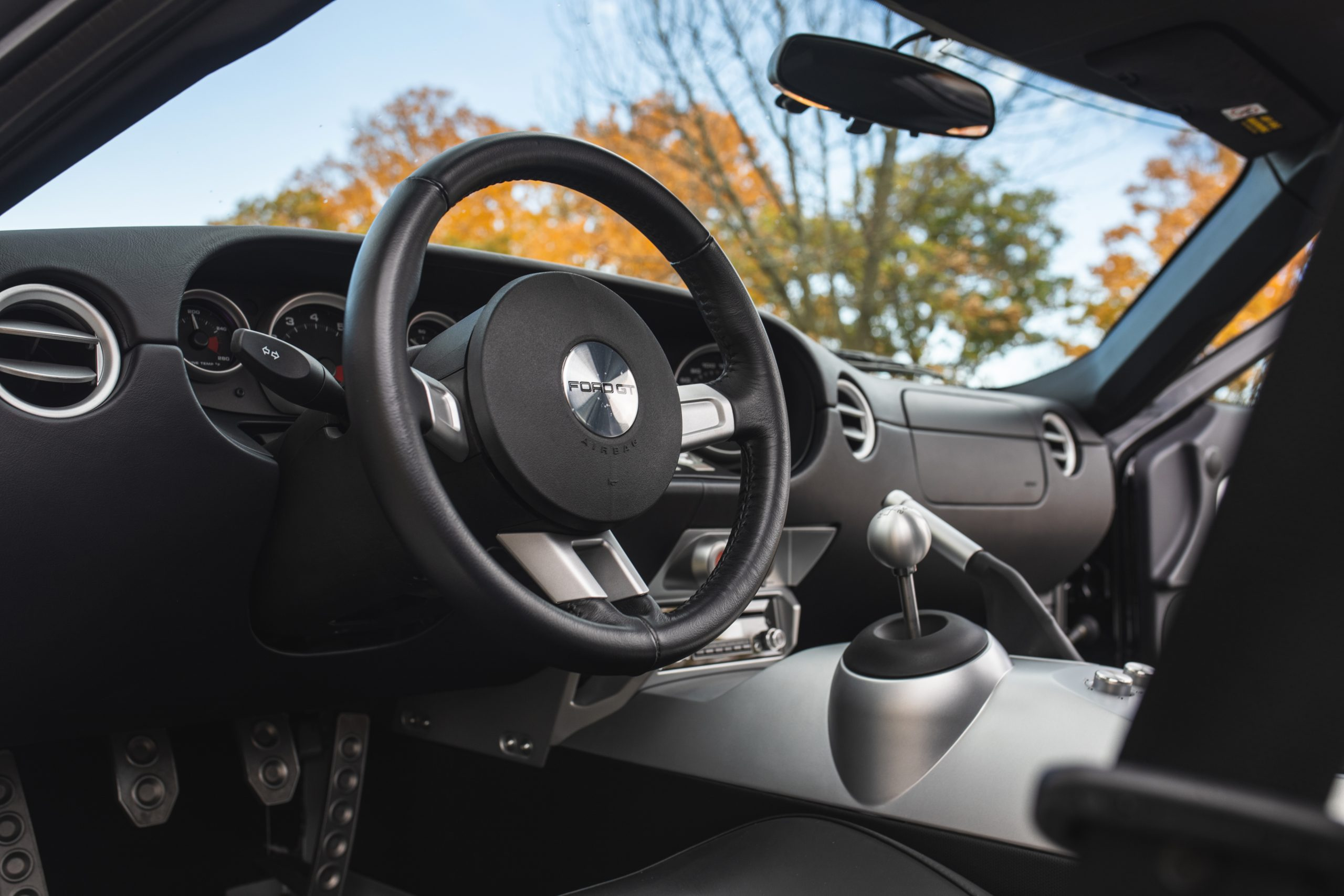 2006 Ford GT interior steering wheel