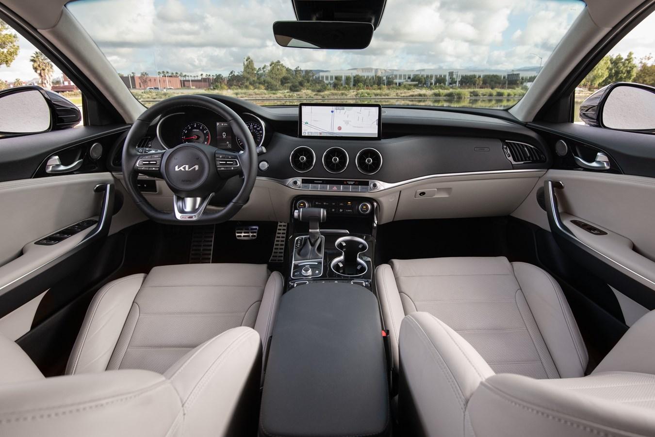2022 Stinger GT-Line interior front