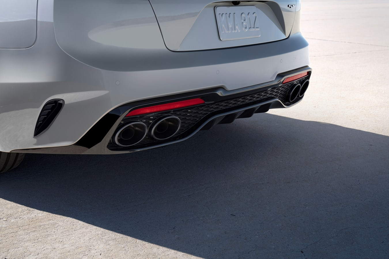 2022 Stinger Scorpion Special Edition rear valence