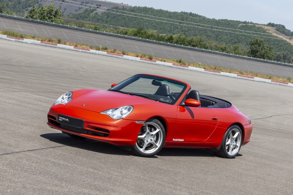 996 Cabriolet front three-quarter