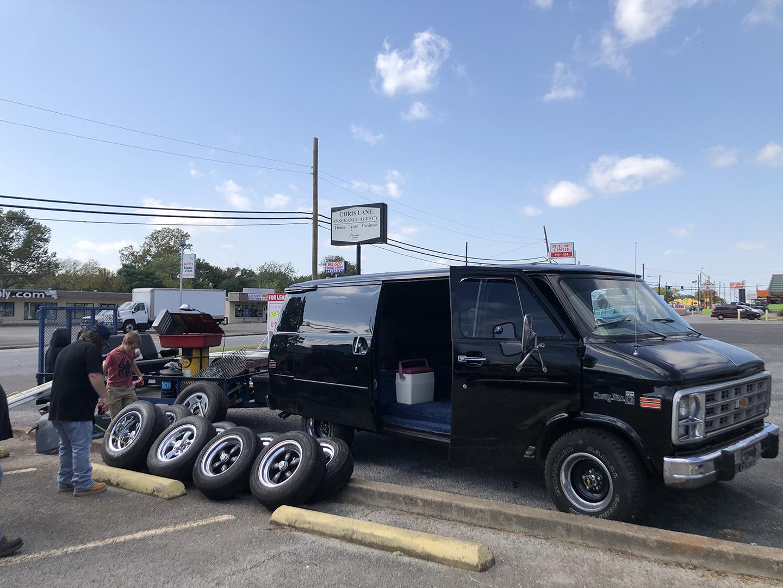 Rolling heavy van meetup tires